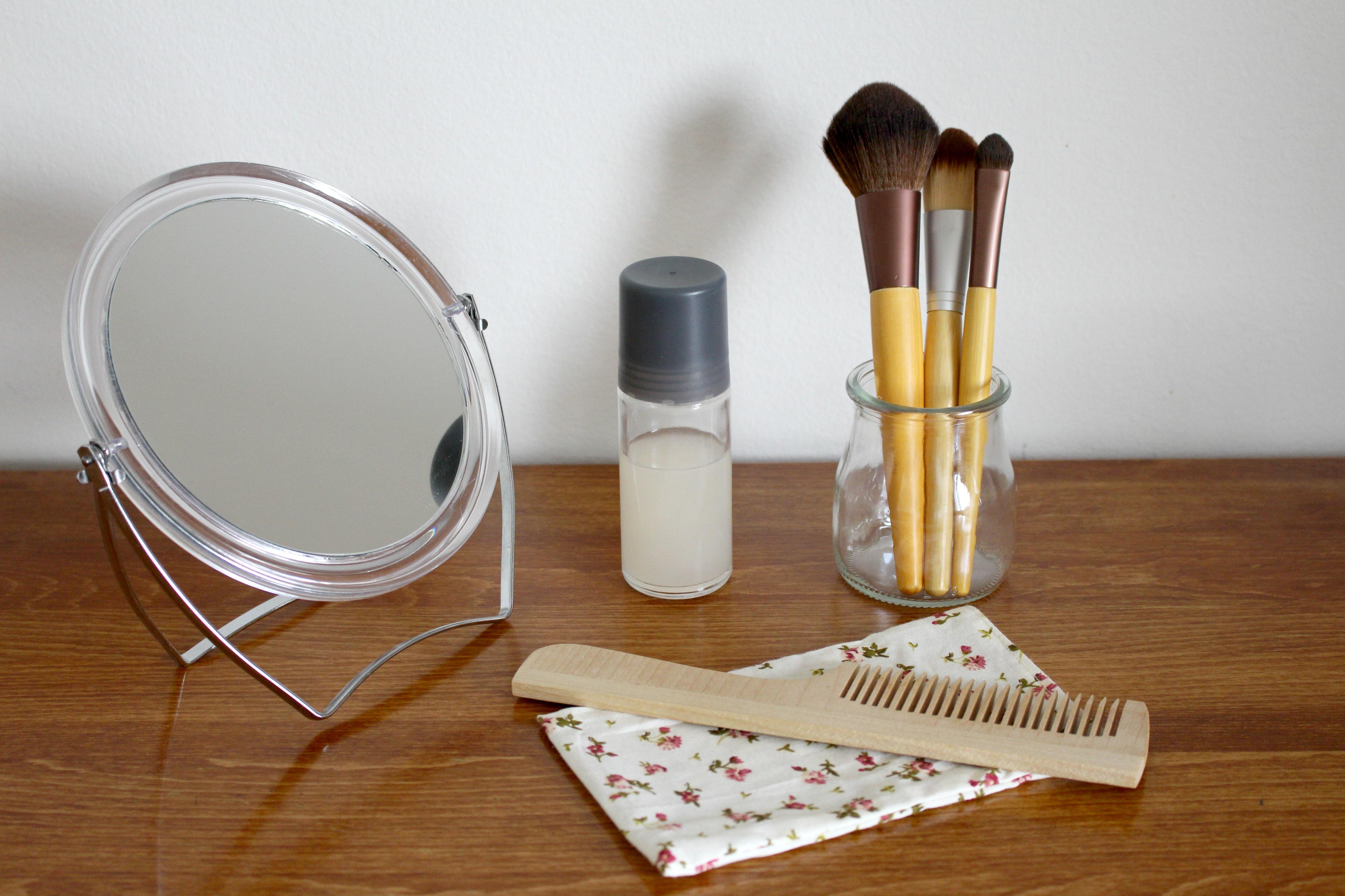 Nature Hair Glass Brush Macro Healthy Close Lighting Material American Mirror Beauty Beautiful Area Organ