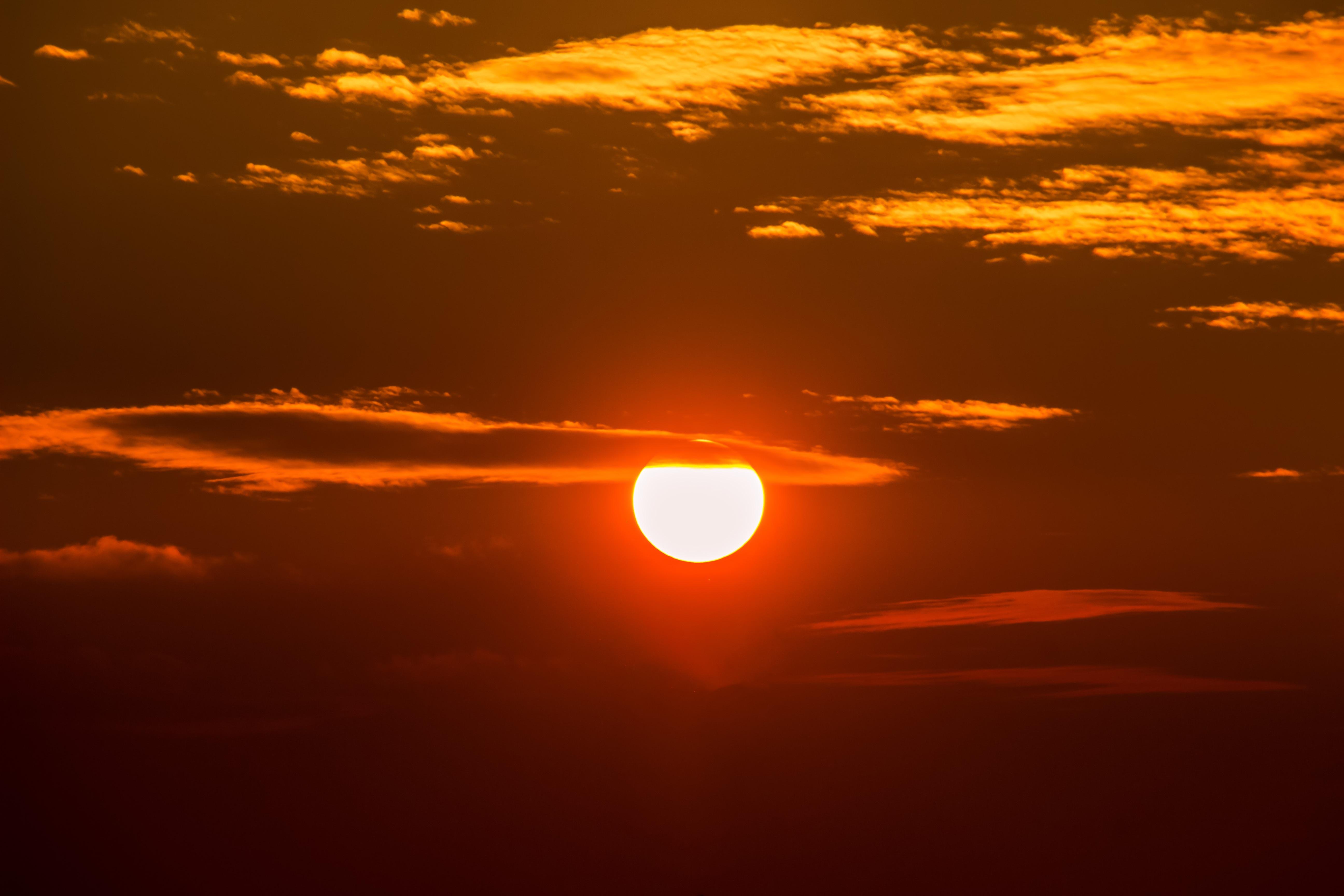 ангелов фото на заходящем солнце является одним самых