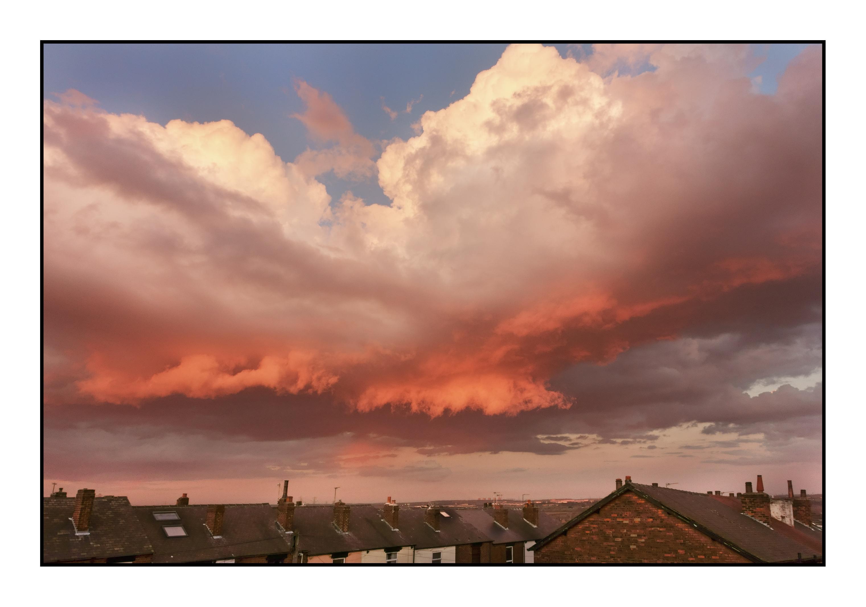 Prairie Dawn Atmosphere Dusk Evening Orange Black Plain Uk England Yorkshire Clouds Gold Rooftops Tiles Amazing Sony Wakefield