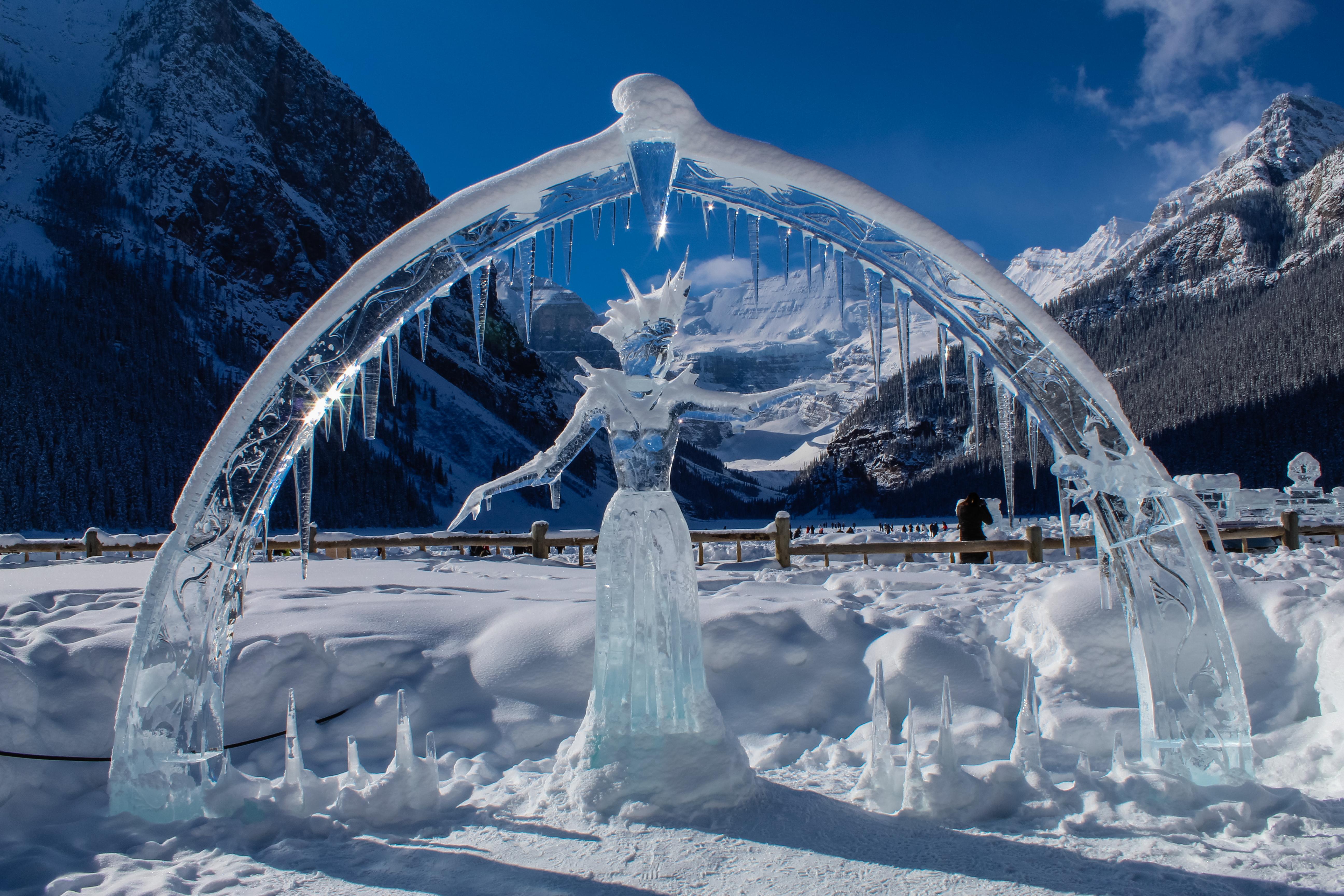 черной краской, красивые картинки снега и льда человек