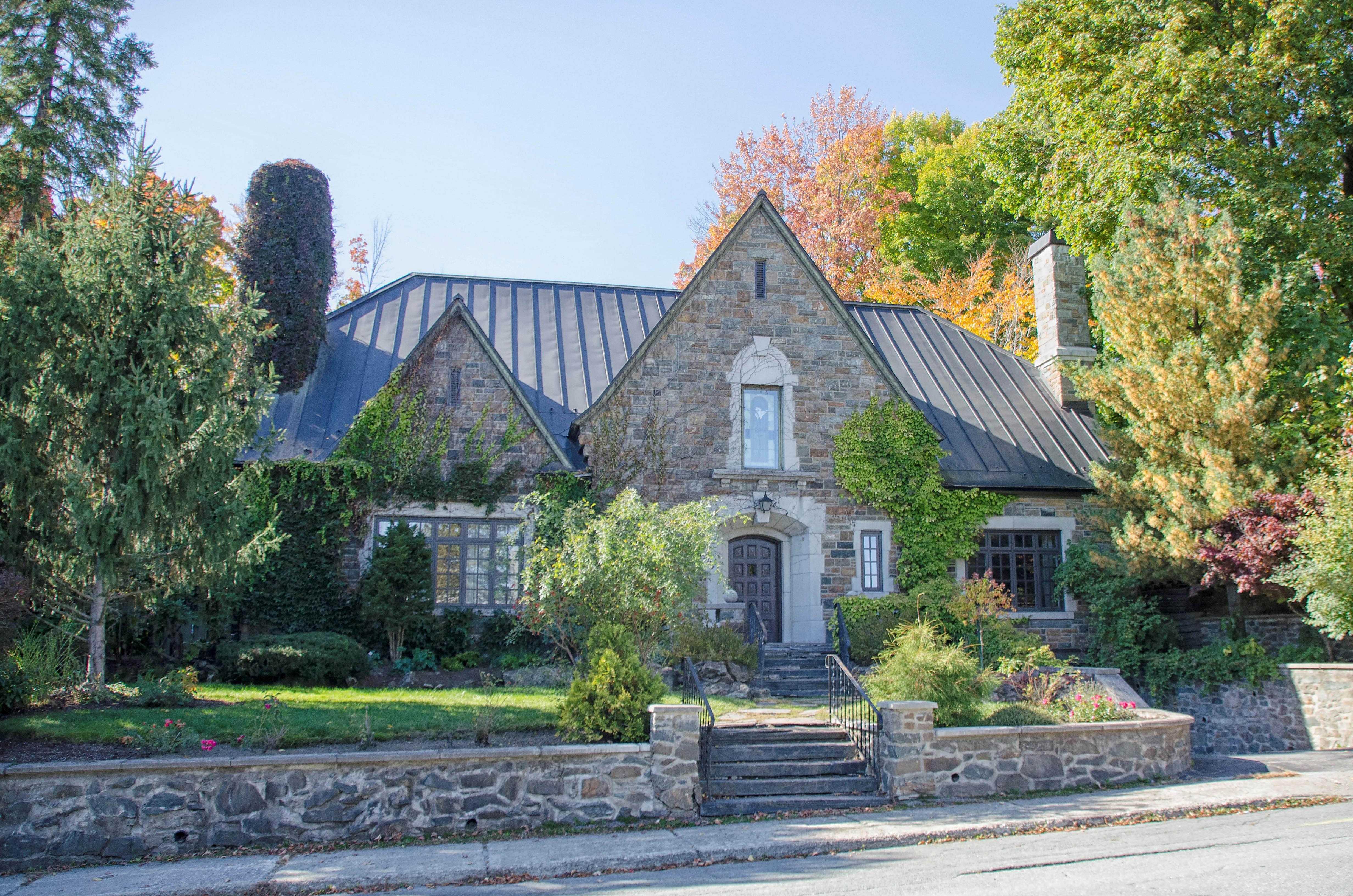 Images Gratuites : la nature, pelouse, Manoir, maison, bâtiment ...