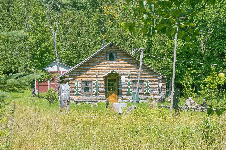 Images Gratuites : la nature, Prairie, maison, cabanon, chalet ...