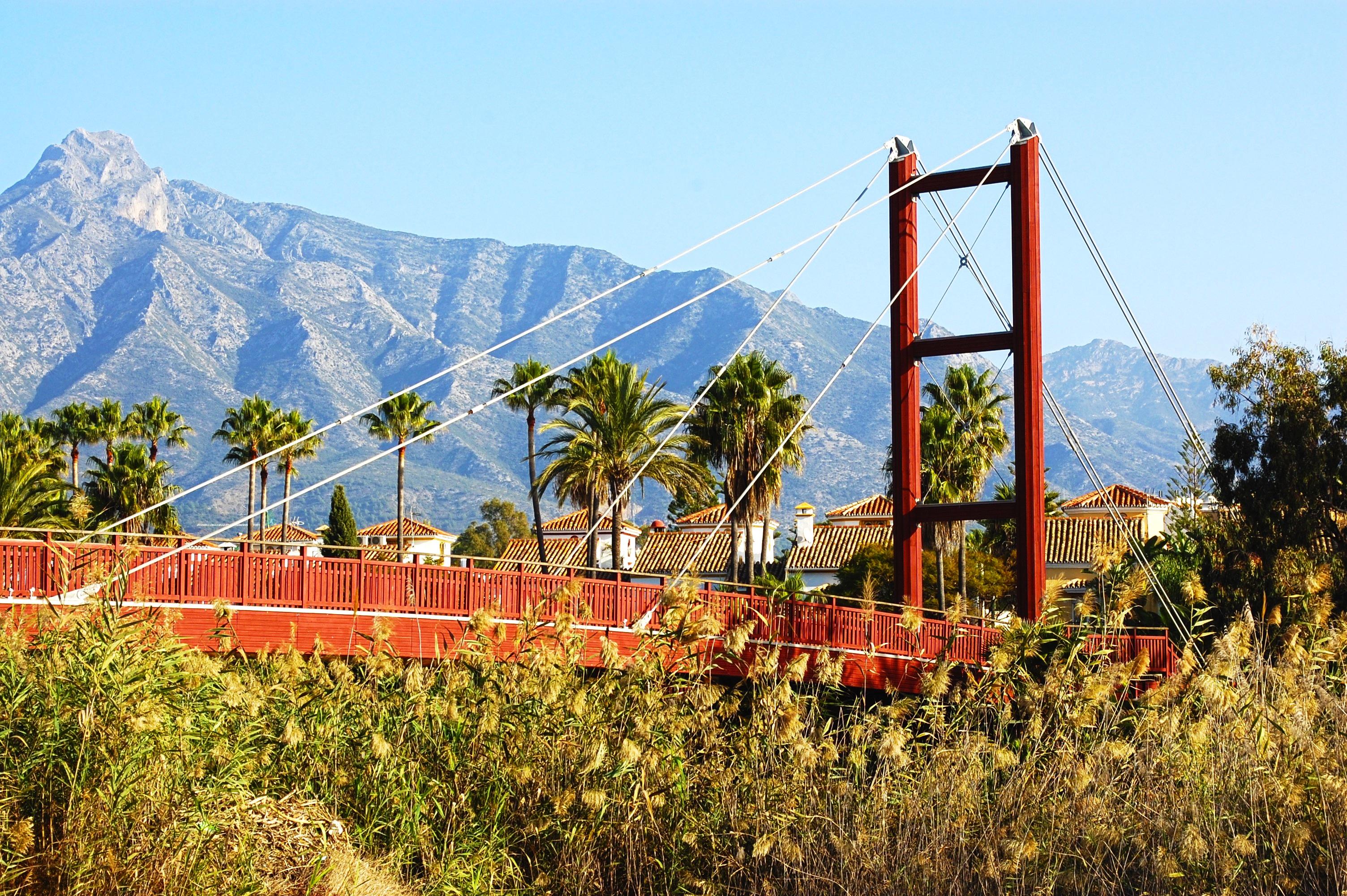 hình ảnh : thiên nhiên, núi, Bầu trời, cầu, Đi bộ, vận chuyển, công viên giải trí, công viên, Tây Ban Nha, Phong phú, Malaga, Marbella, Costa del sol ...