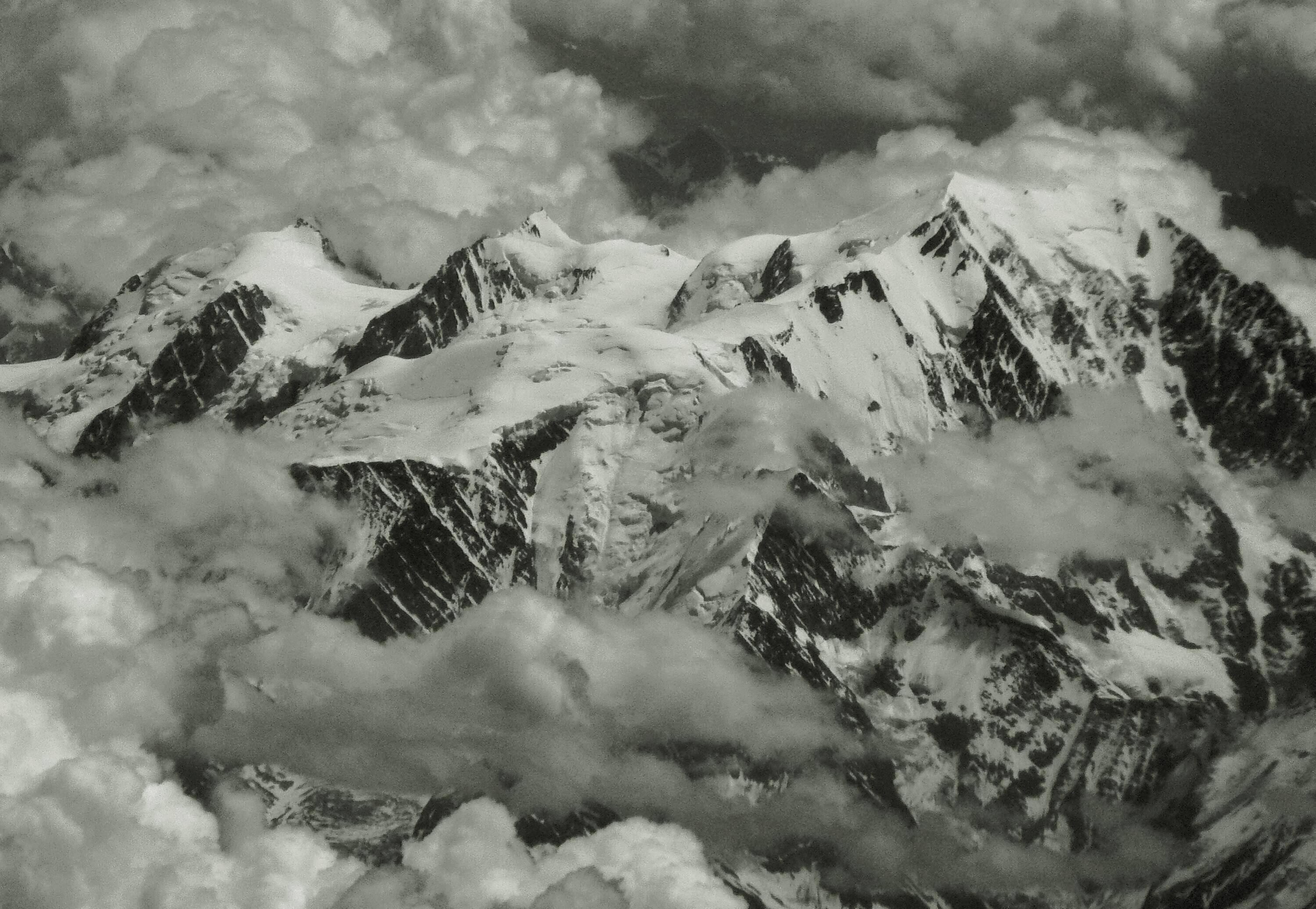 images gratuites la nature montagne hiver nuage noir et blanc cha ne de montagnes m t o. Black Bedroom Furniture Sets. Home Design Ideas