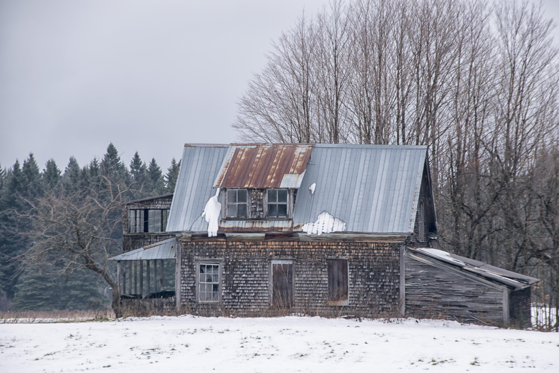 Images Gratuites : la nature, neige, hiver, bois, maison, toit ...
