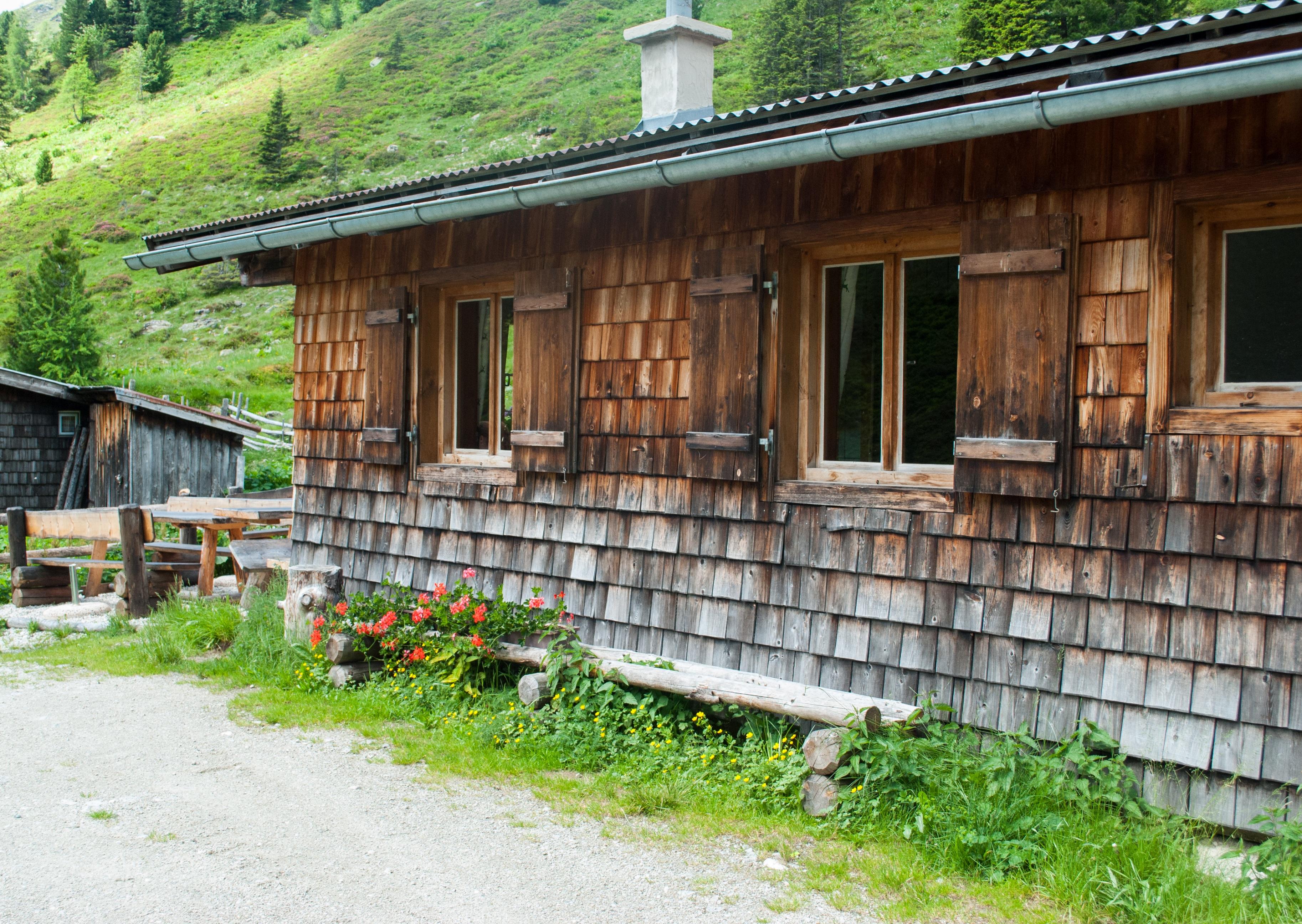 Images gratuites la nature randonn e maison fen tre for Fenetre cabanon