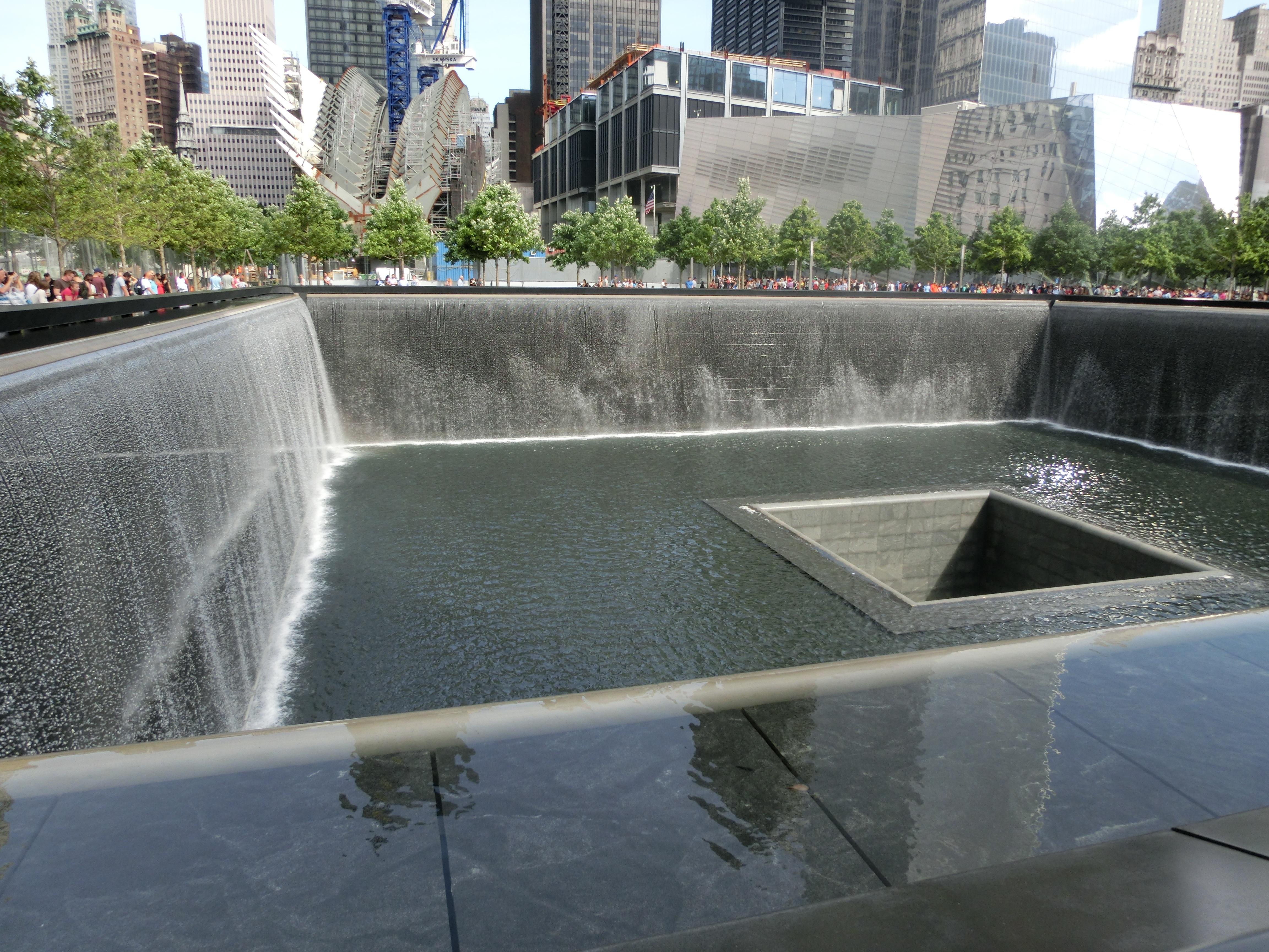 Lovely New York Manhattan Monument Swimming Pool Nyc Usa America Backyard Ground  Zero World Trade Center Waterway
