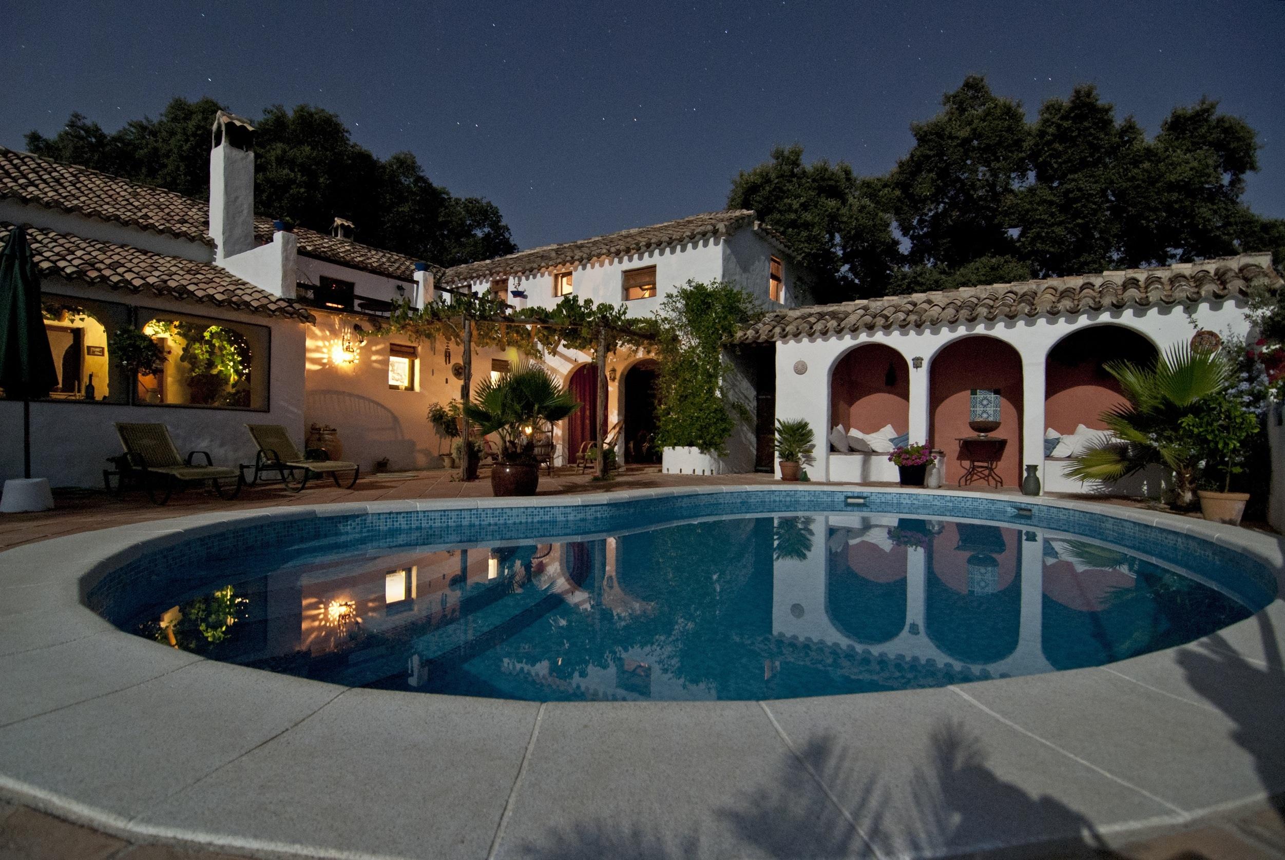 Night Villa Mansion House Roof Palace Pool Swimming Plaza Backyard Property Leisure Chairs Resort Stars