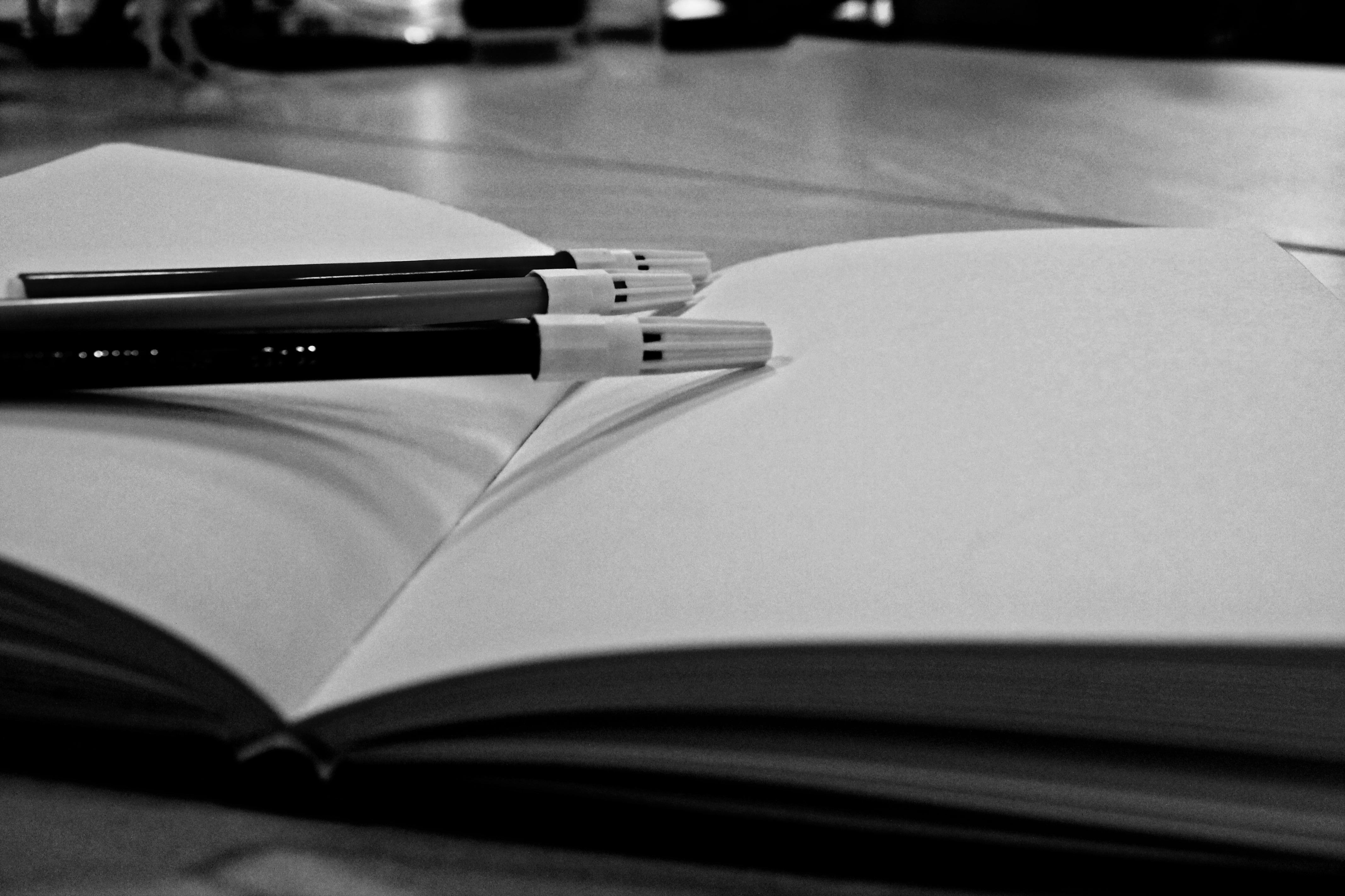 Fotos Gratis : Cuaderno, Libro, En Blanco Y Negro