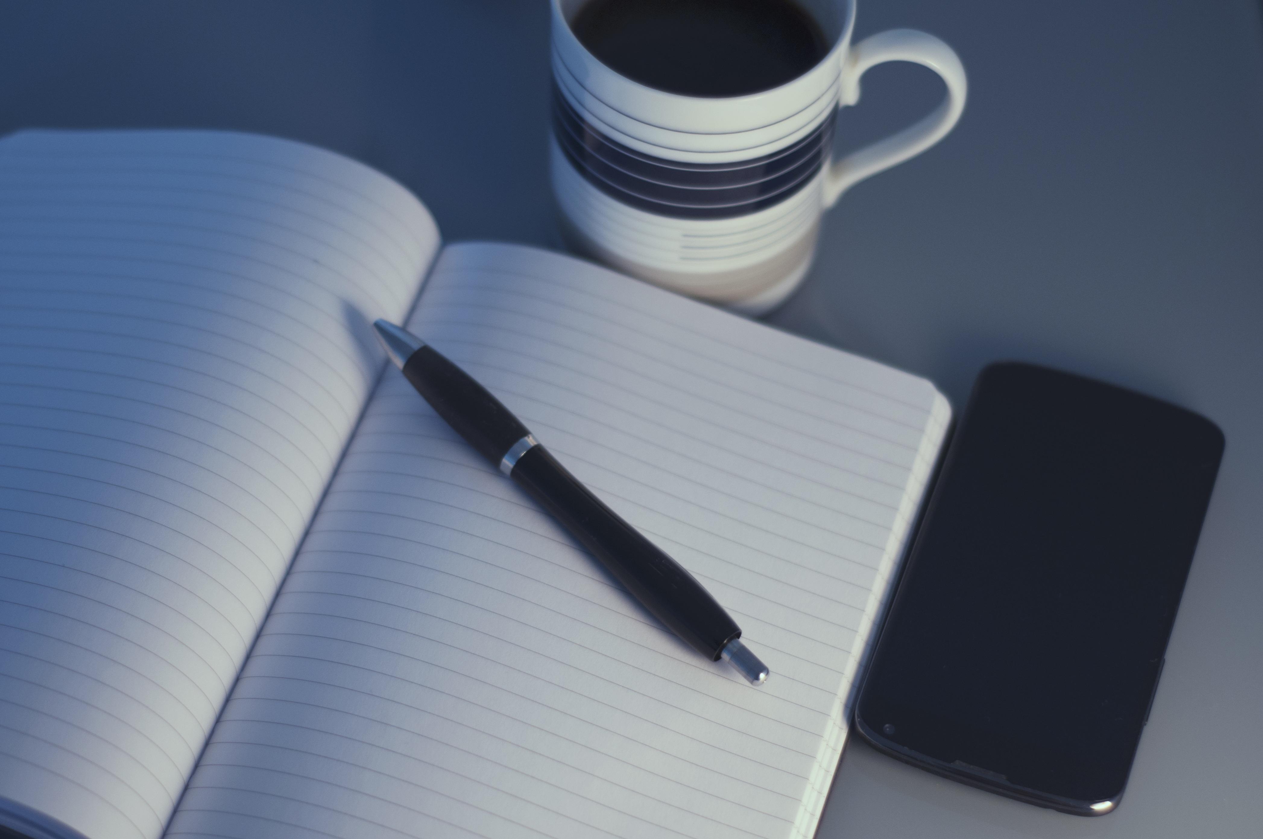 Ручка с блокнотом картинка
