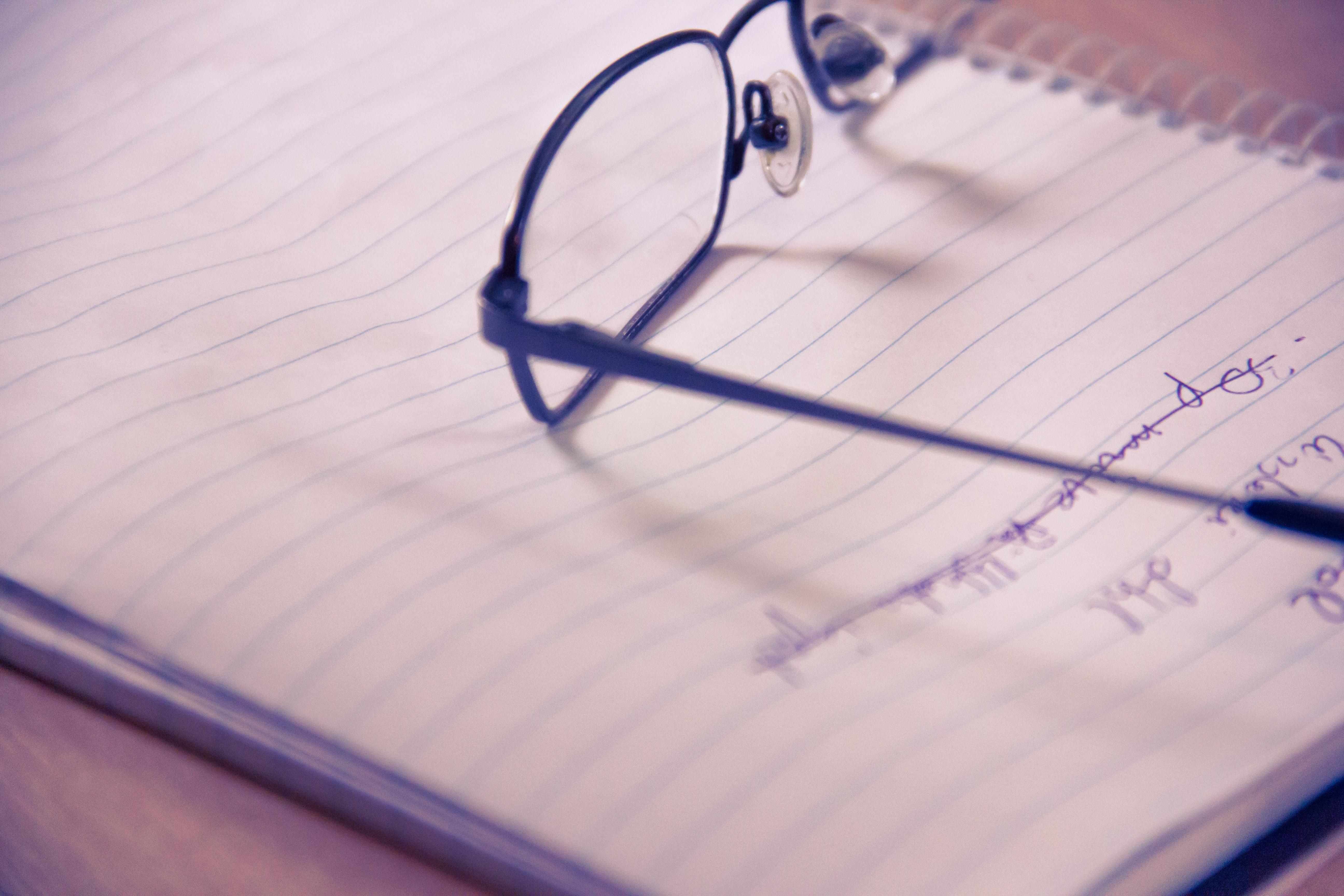 Fotos gratis : cuaderno, escritura, mano, enviar, tablero, blanco ...