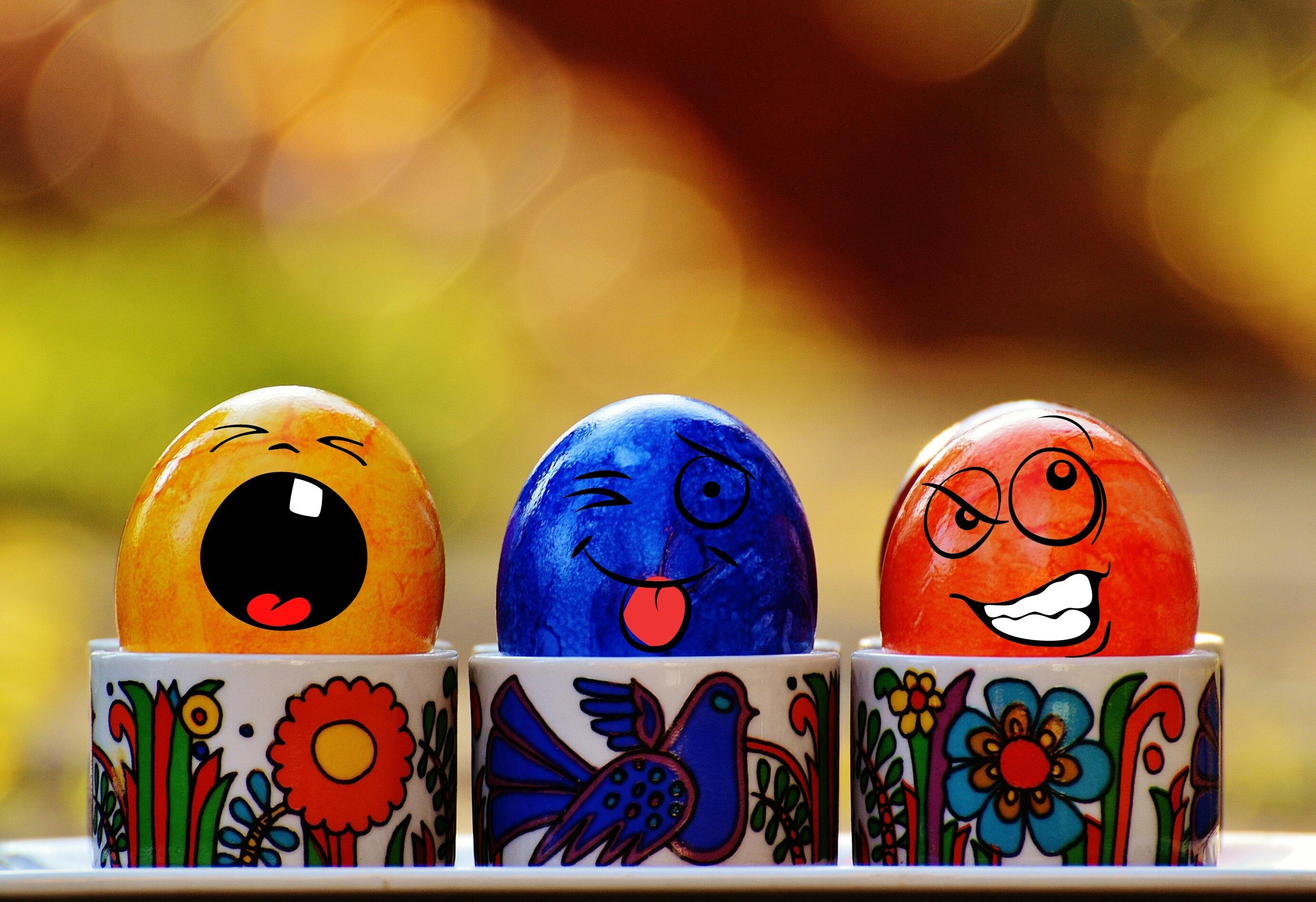 Прикольные картинки на пасху с яйцами