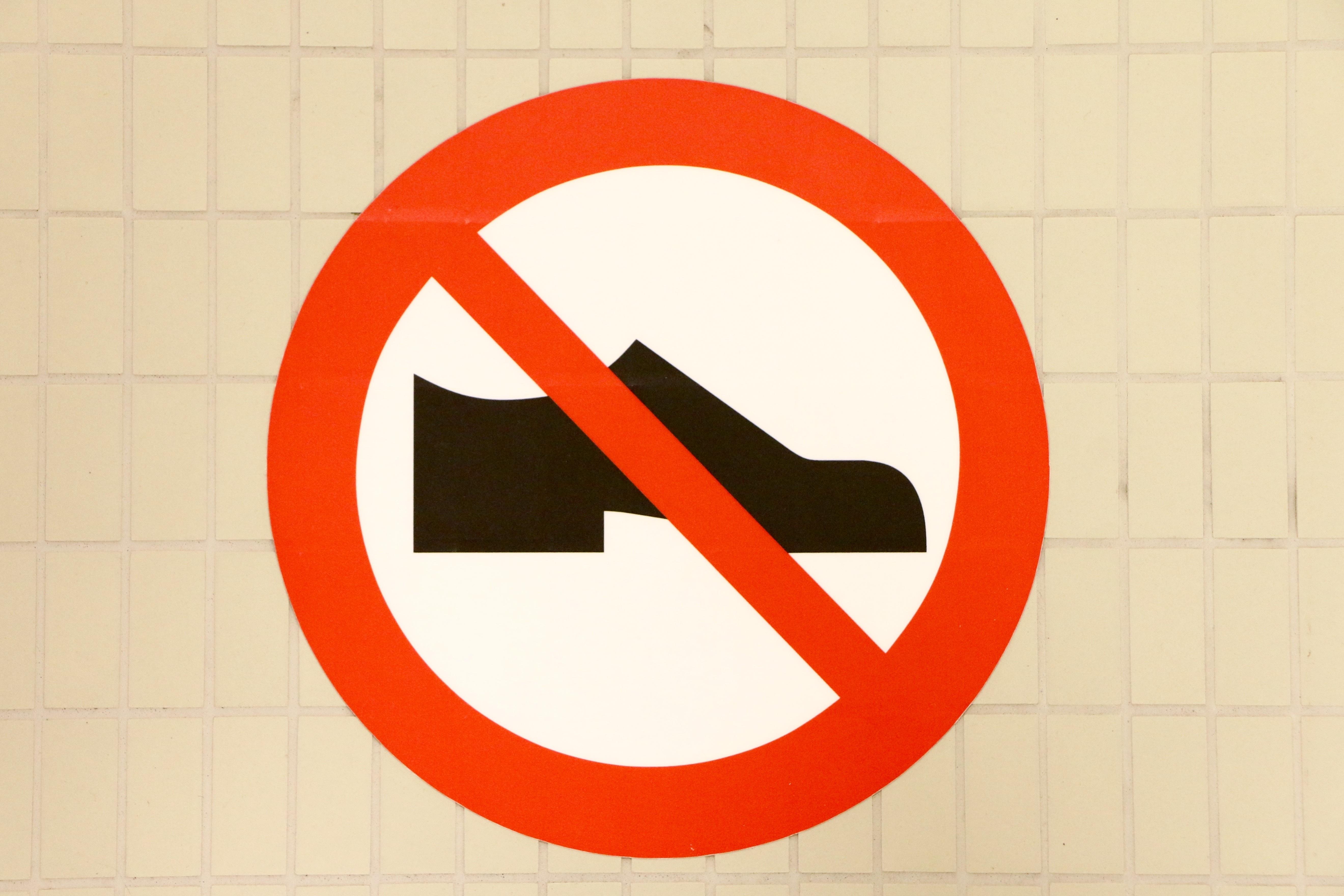 ingen sko skilt