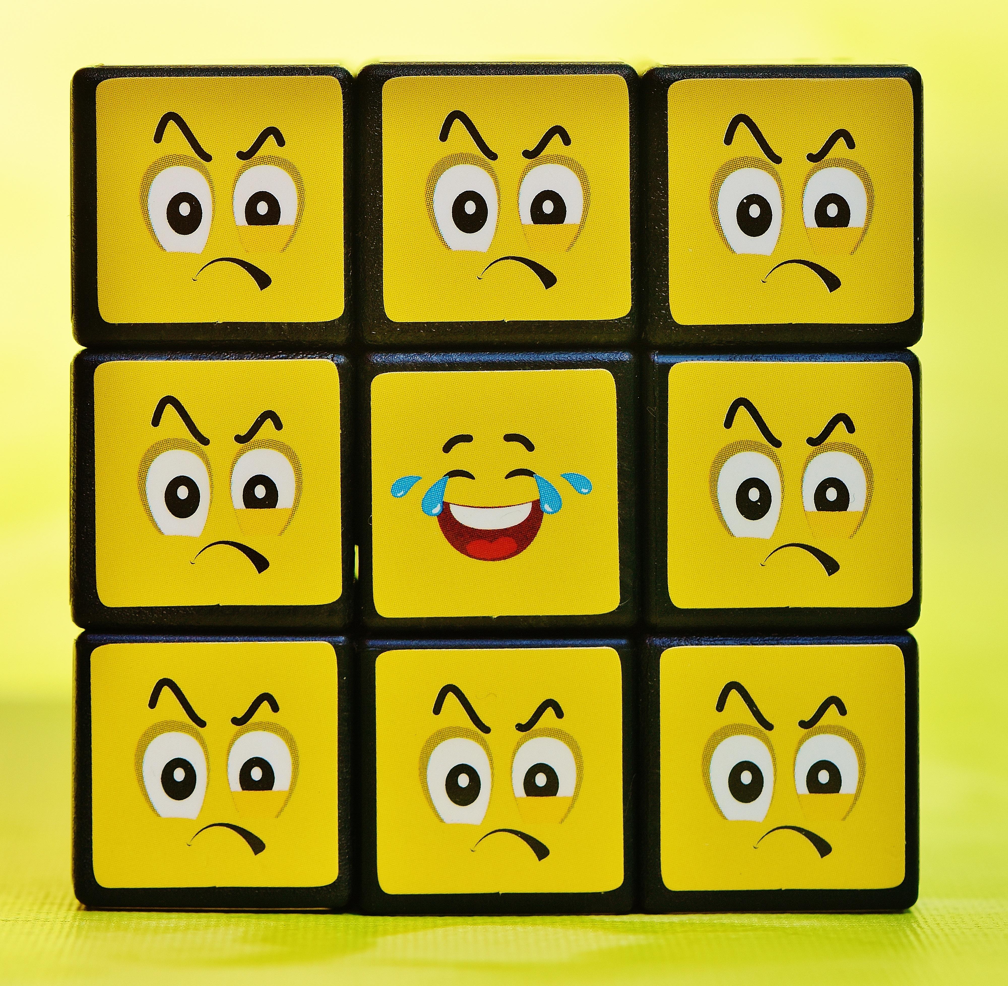 Gambar Jumlah Tersenyum Fon Ilustrasi Lucu Kubus Wajah Icon