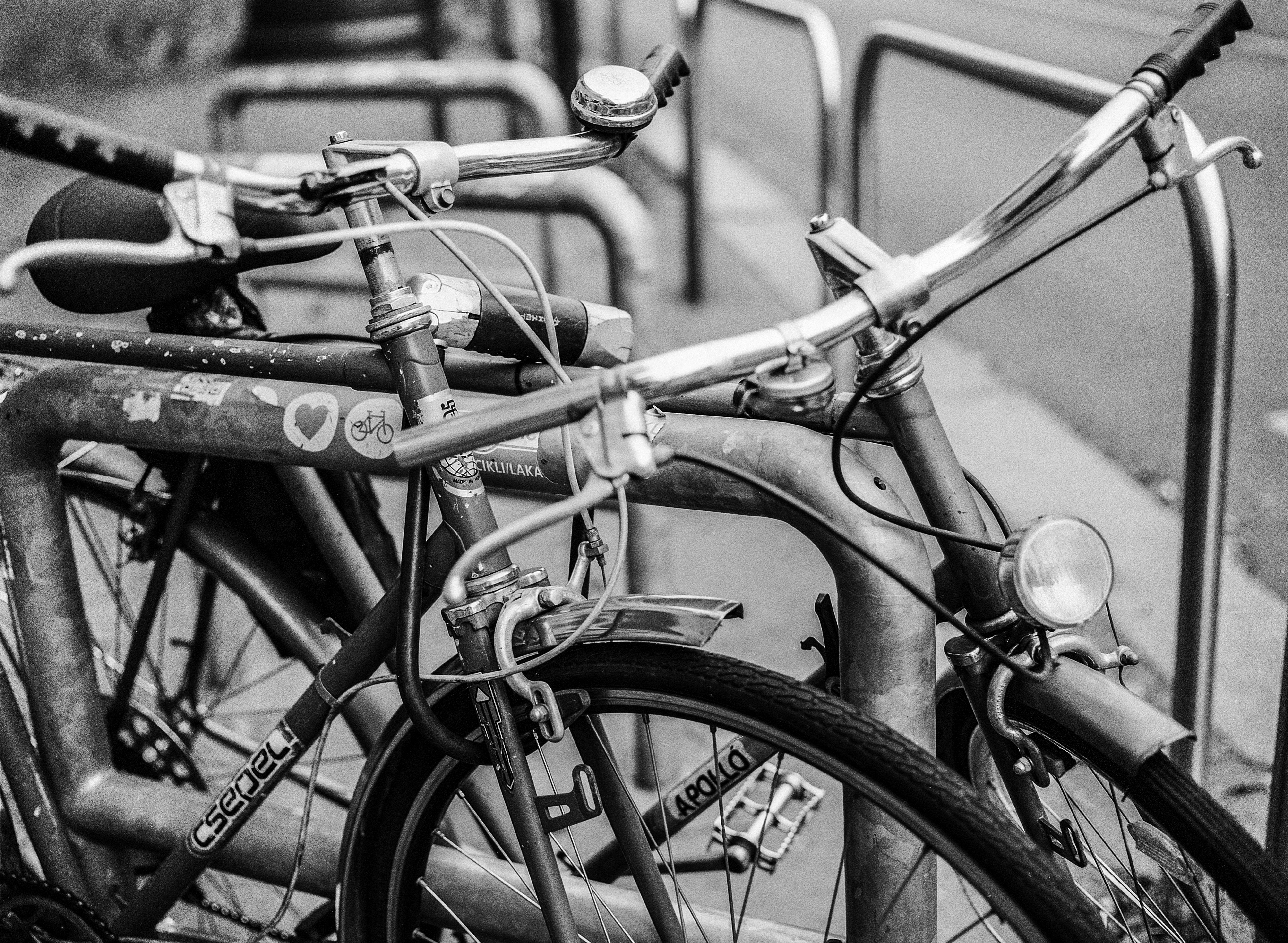 Kostenlose foto : draussen, Schwarz und weiß, Menschen, Straße ...