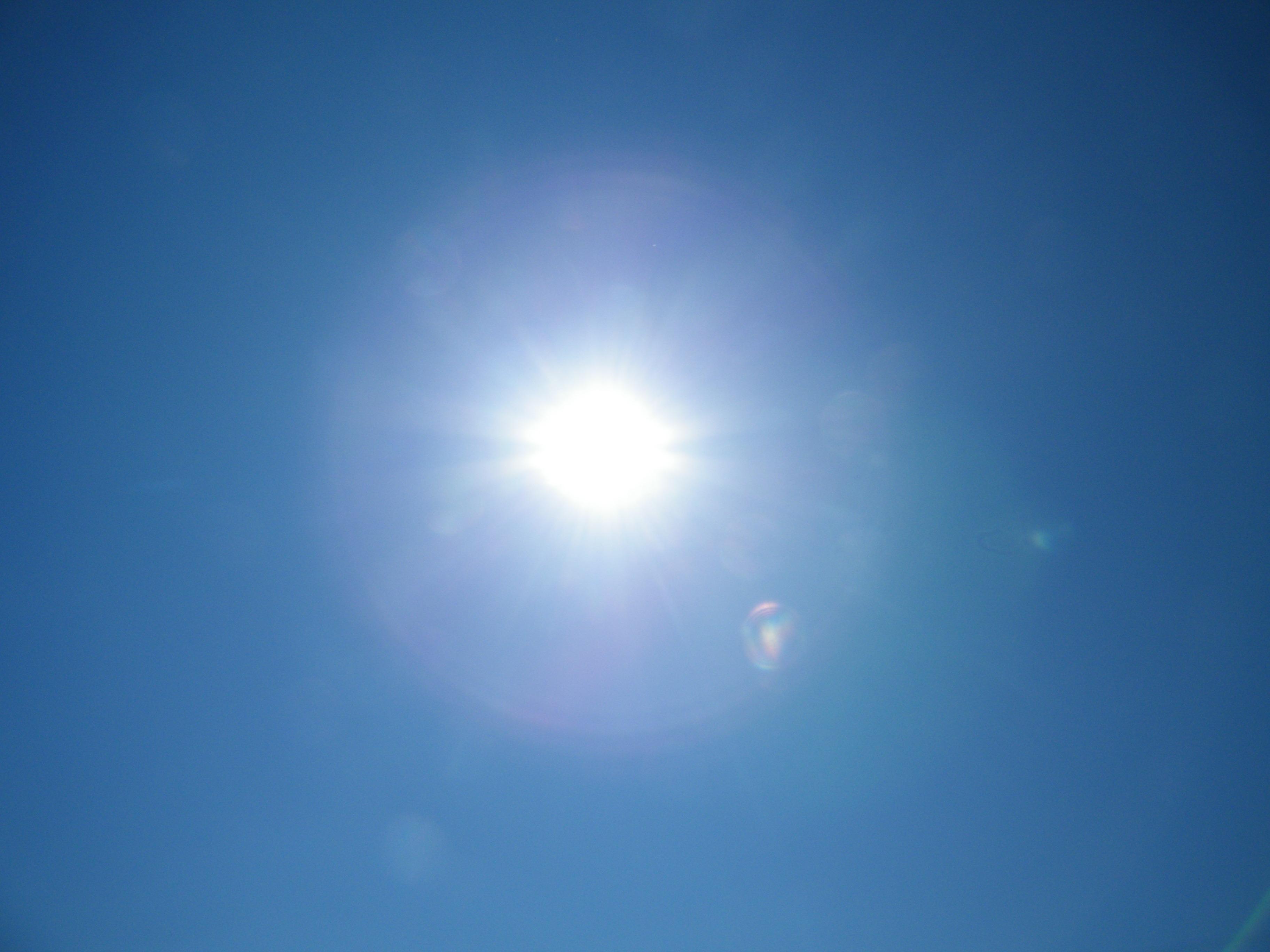 Free Images : outdoor, cloud, sunshine, sun, sunlight, air ...
