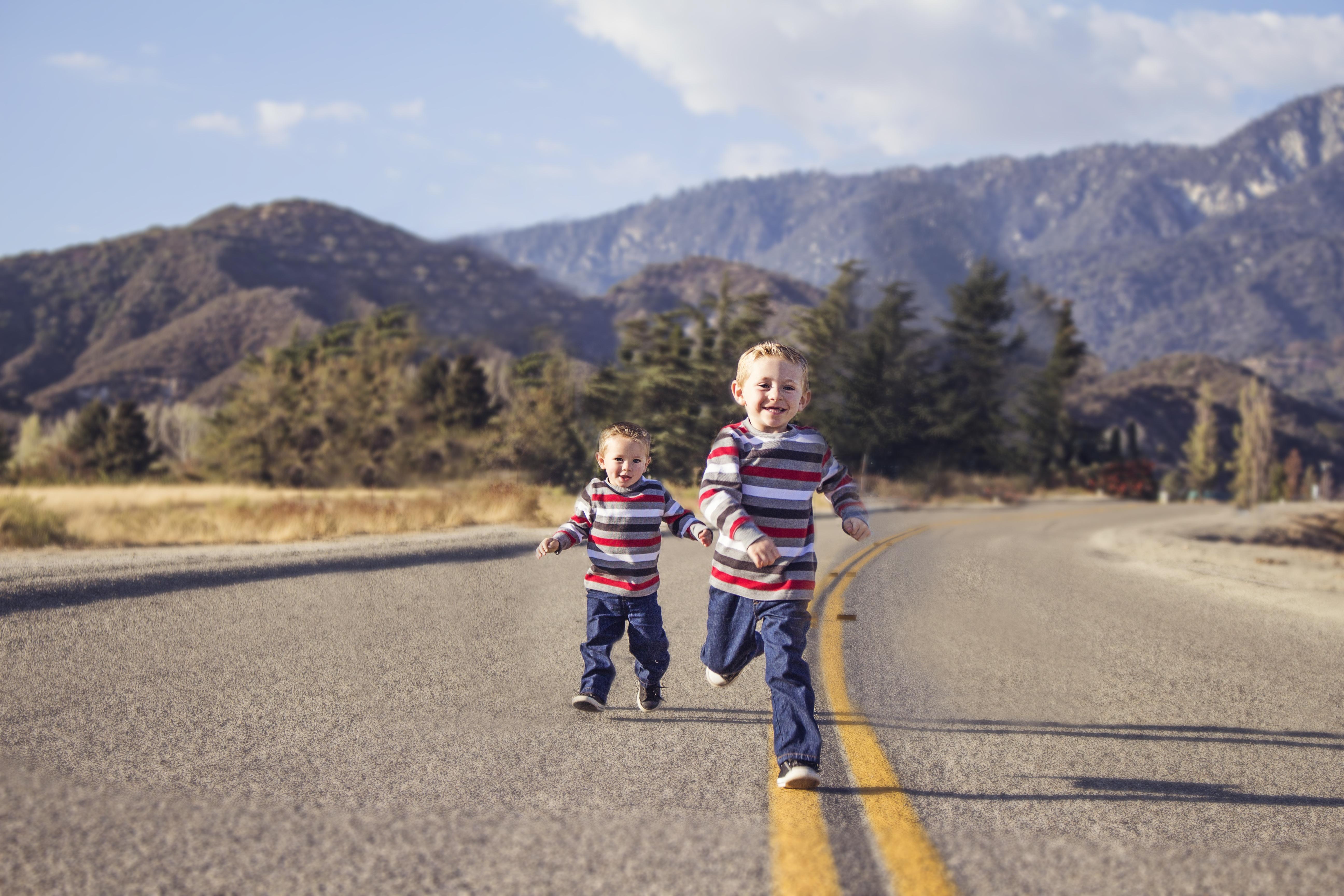 провод картинки детки на дороге прядь оттягивается вниз