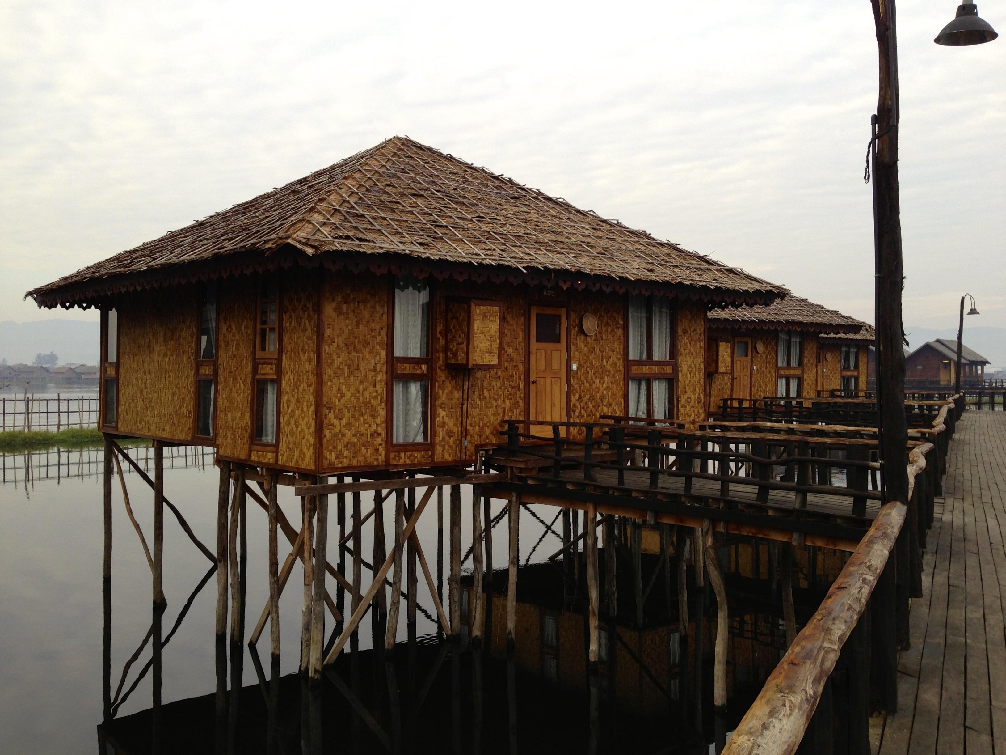 Gratis billeder : udendørs, træ, hus, hjem, hytte, landsby, landdistrikterne, konstruktion ...
