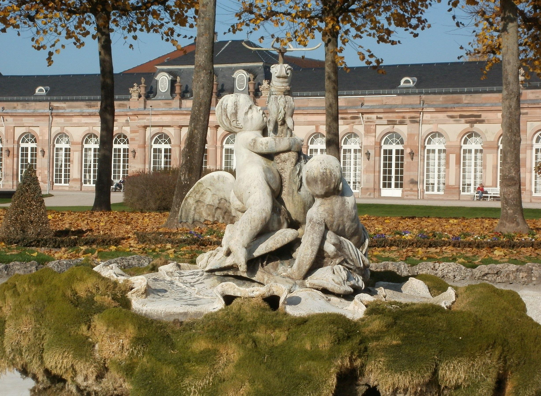 Fotos gratis palacio monumento estatua parque hist rico jard n obra de arte escultura - Estatuas de jardin ...