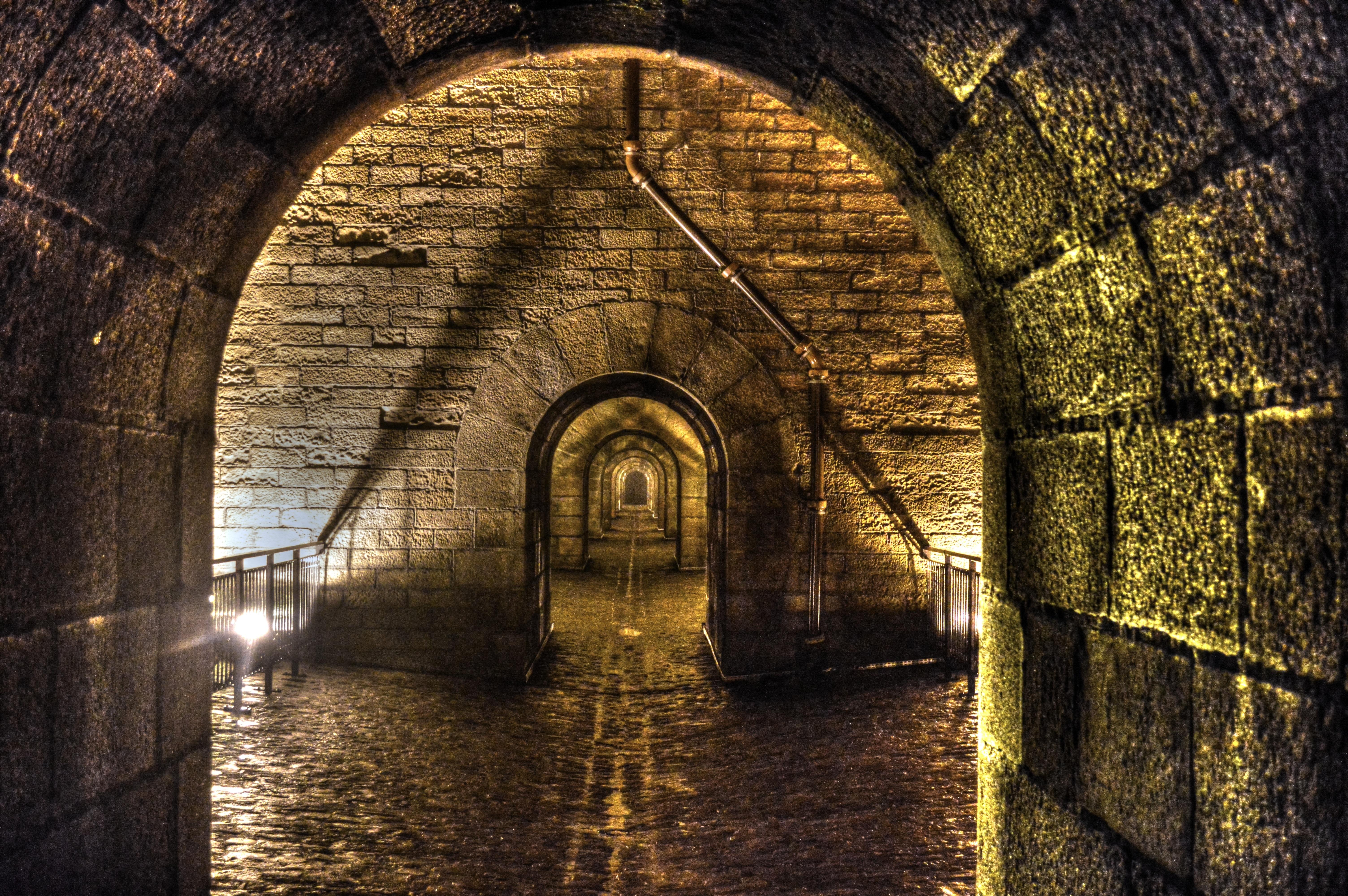 Gratis Afbeeldingen Pad Nacht Zonlicht Kanaal Tunnel