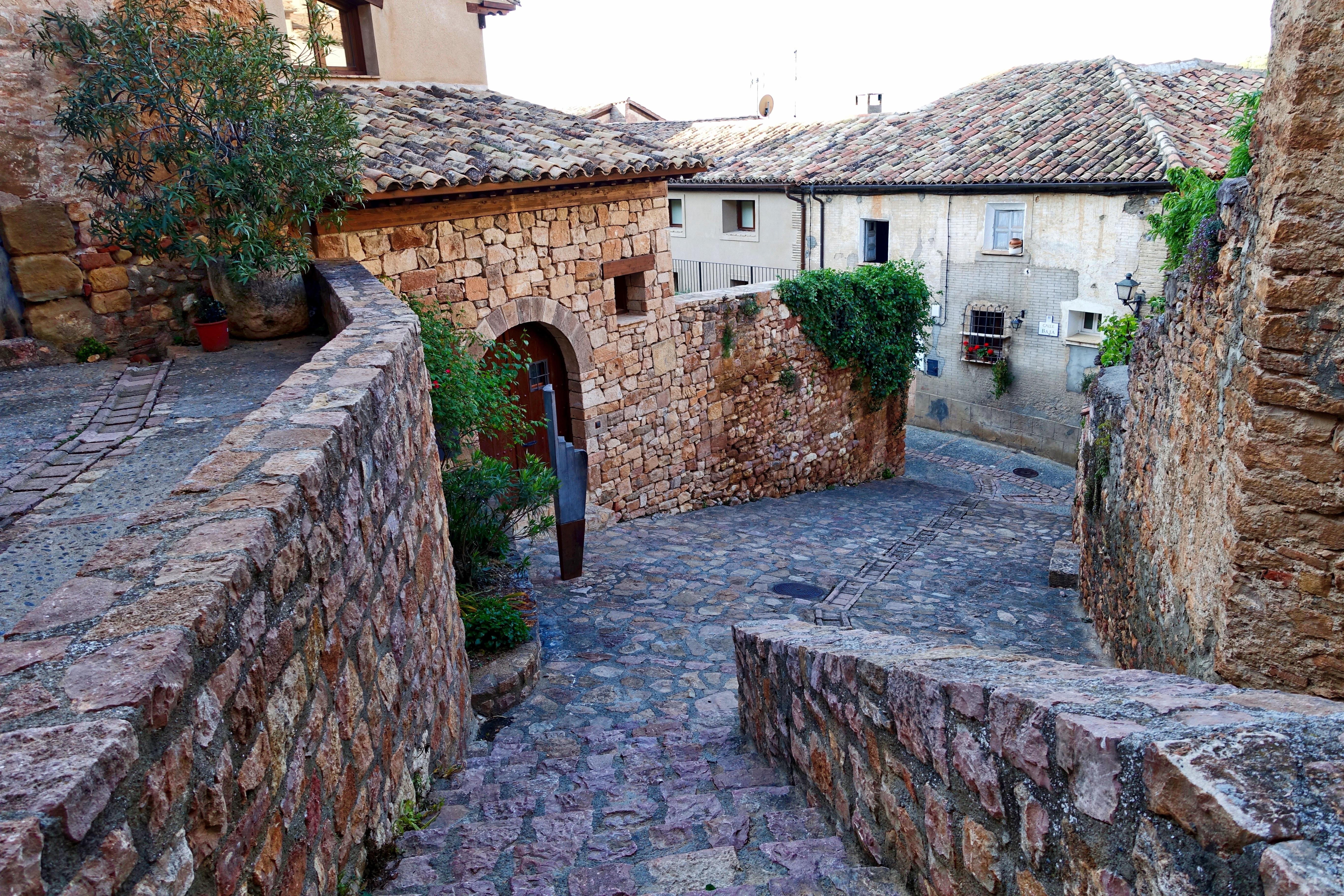 Parete Dacqua In Casa : Immagini belle sentiero casa cittadina vecchio vicolo