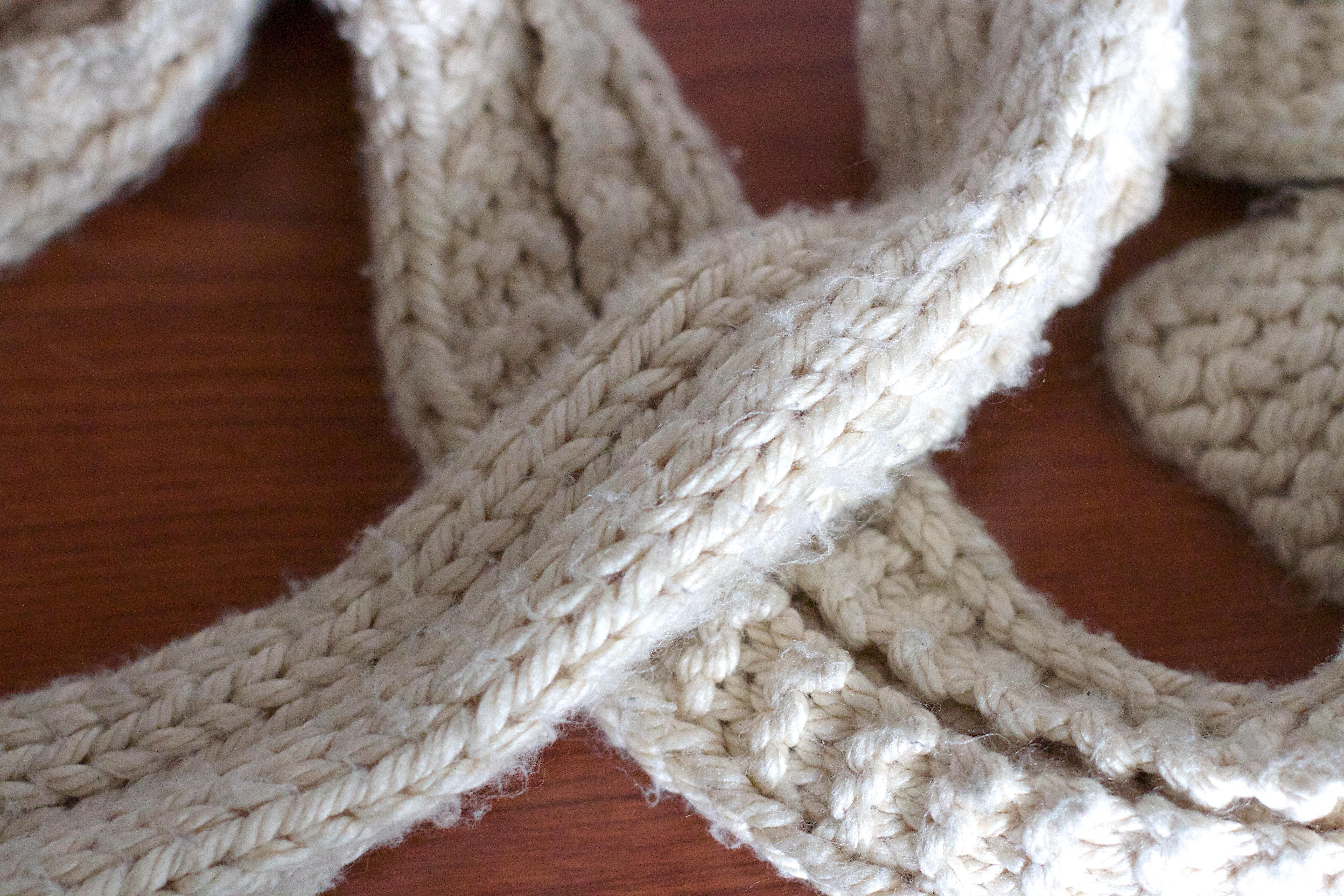 Fotos gratis : patrón, ropa, bufanda, mamá, de lana, tejer, tejido ...