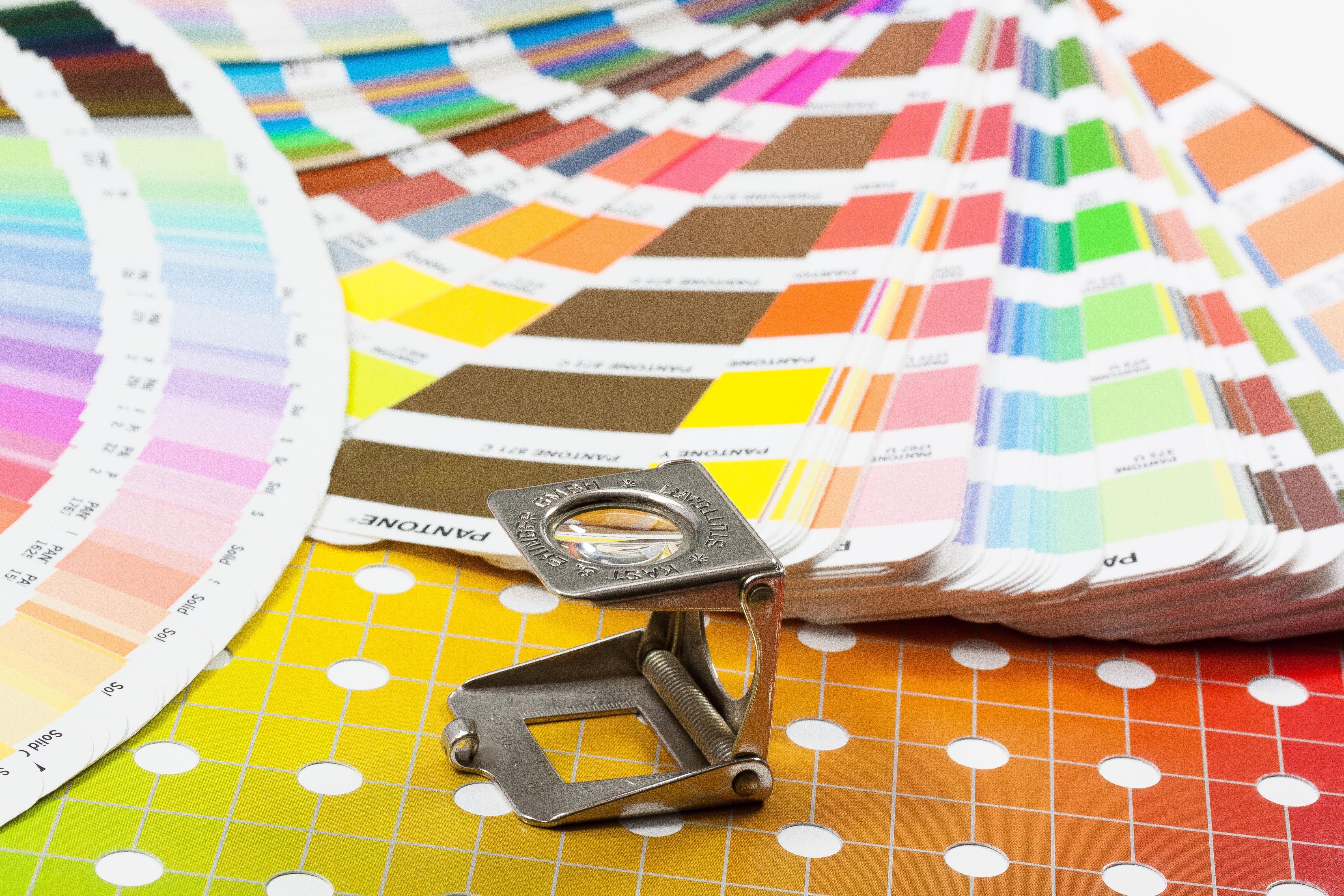 Fotos gratis : patrón, comunicación, circulo, lupa, impresión, marca ...