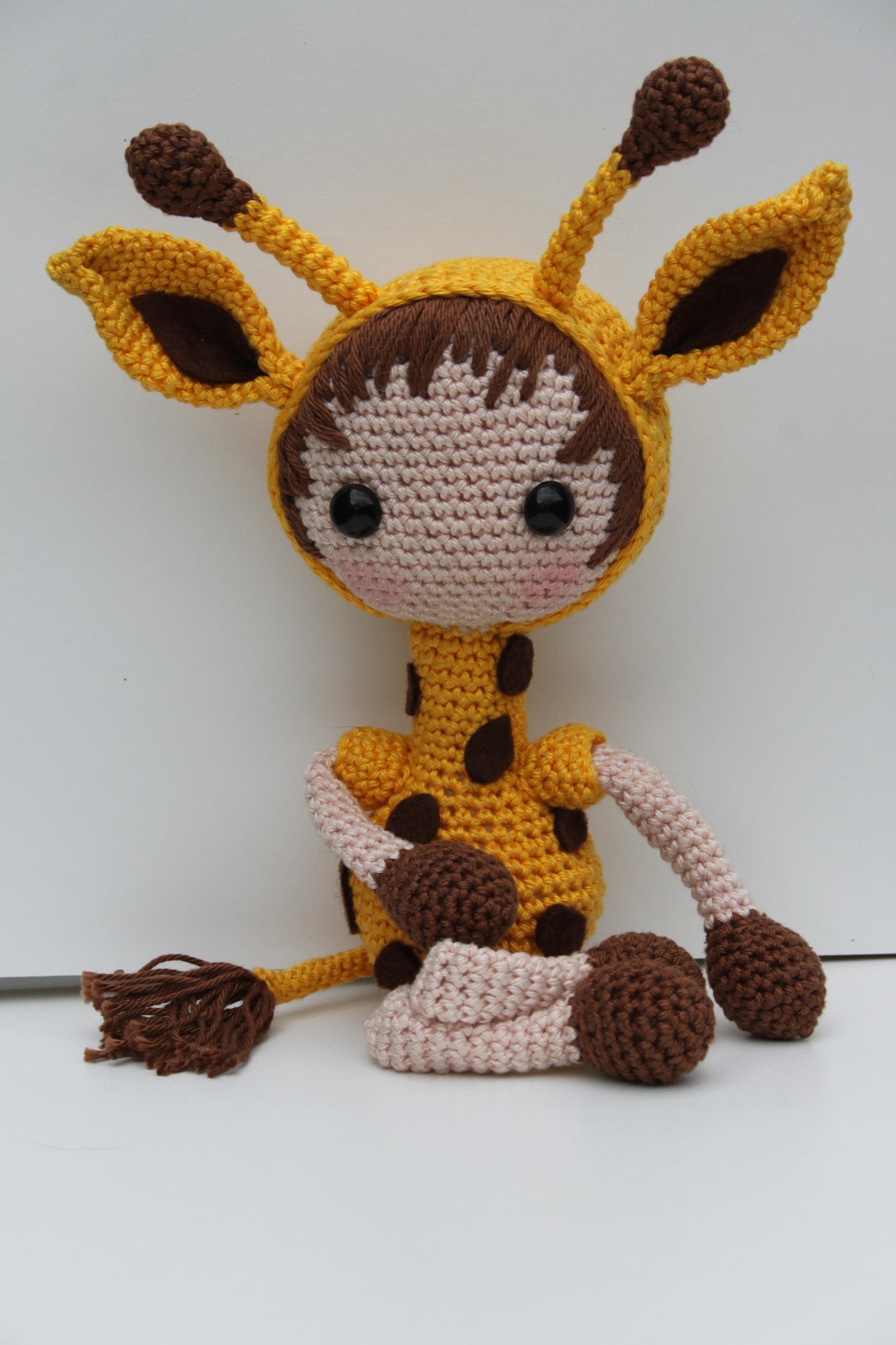 Kostenlose foto : Muster, Gelb, Spielzeug, Umarmung, häkeln, Textil ...