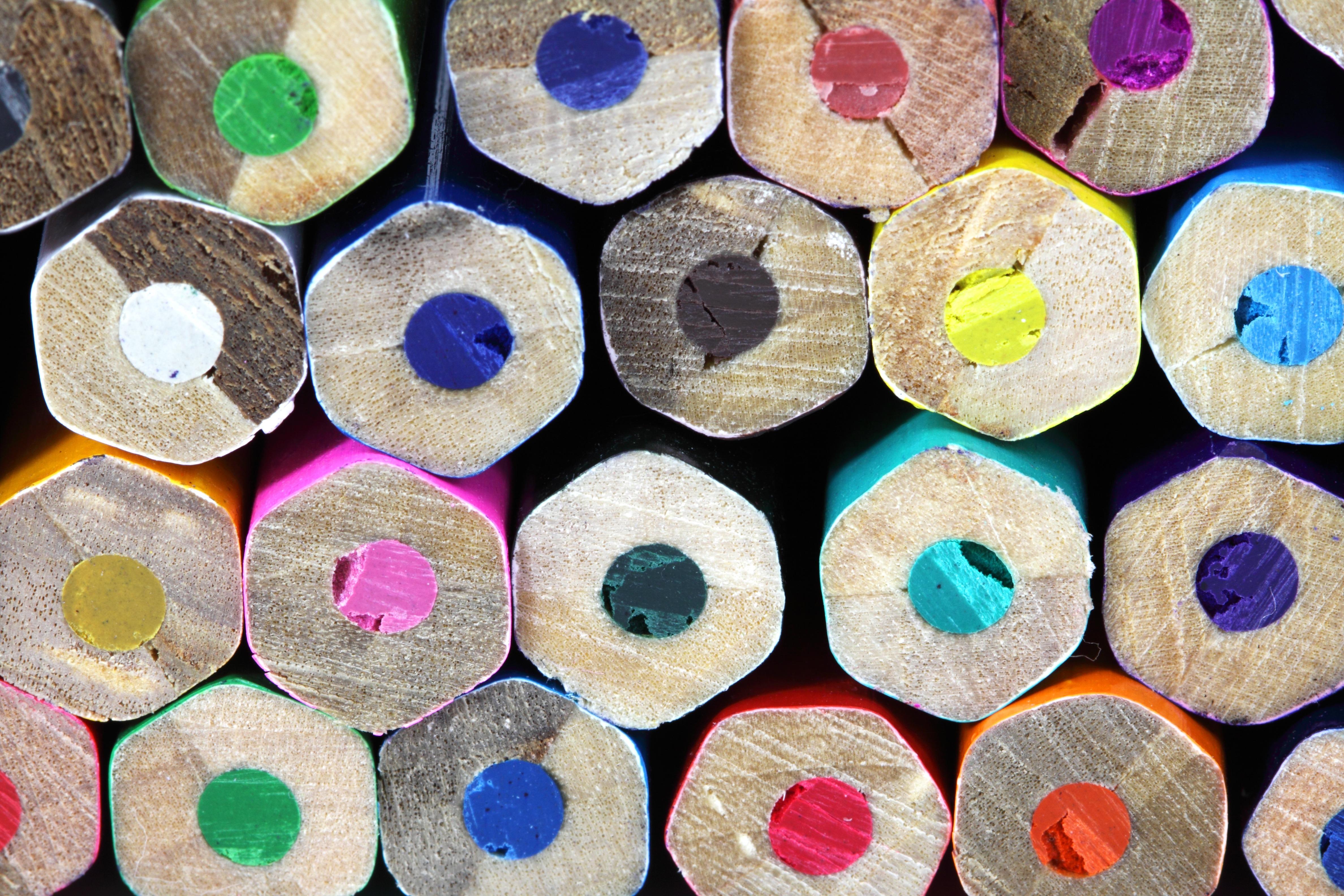 Kostenlose Foto Bleistift Holz Blütenblatt Nummer Farbe