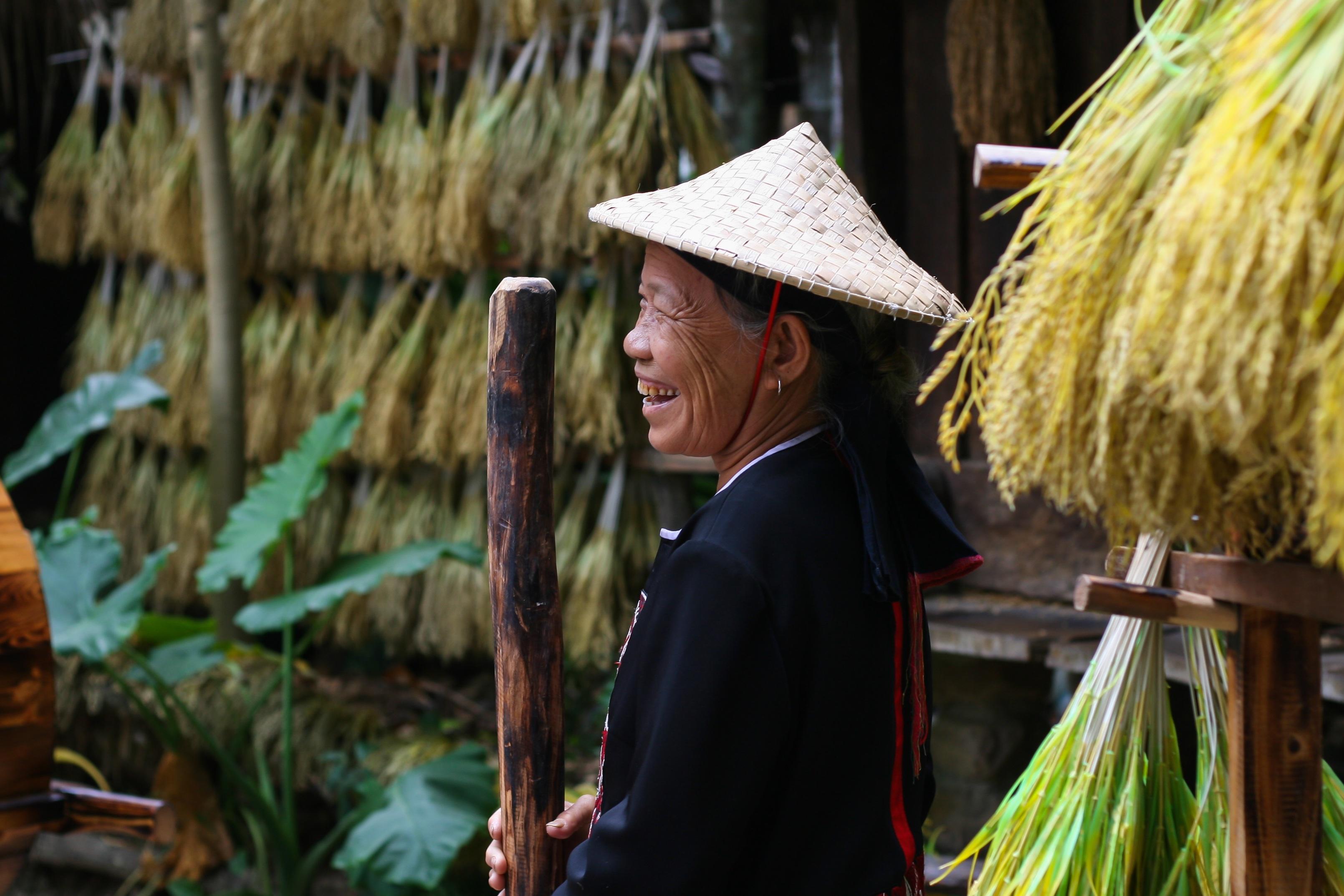 chinesische Dame alt