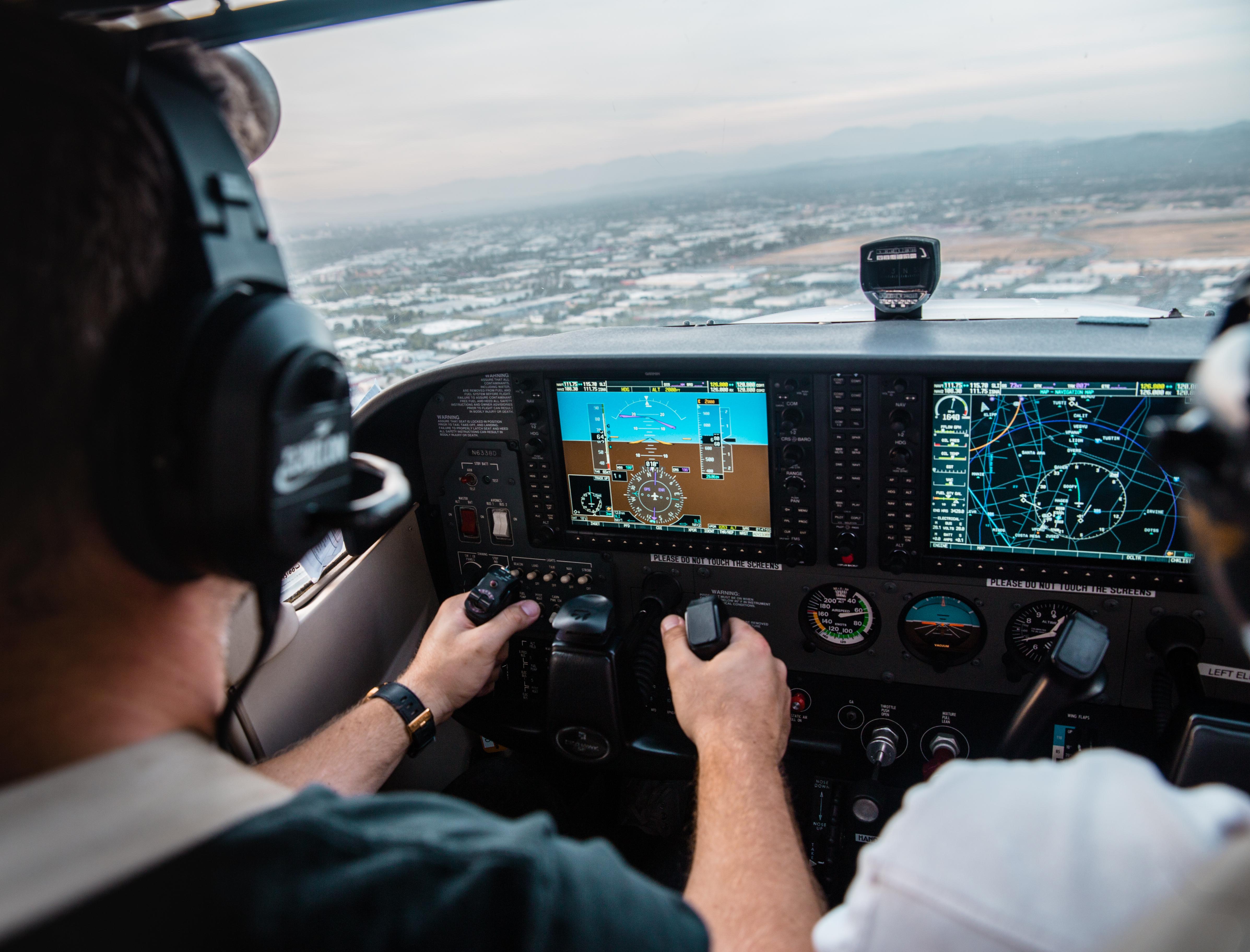 Gambar Orang Pesawat Terbang Perusahaan Penerbangan Profesional