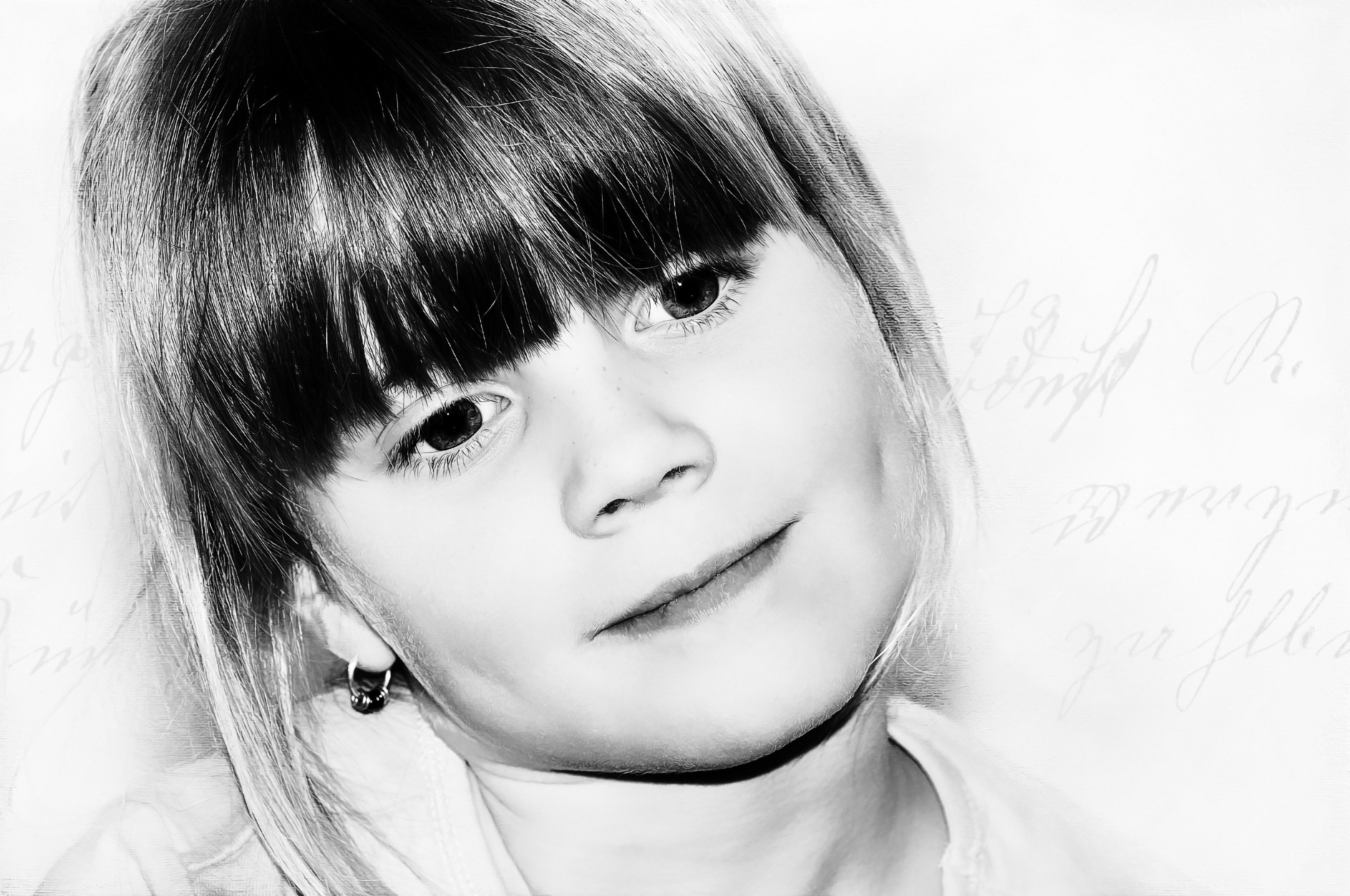 Fotoğraf Kişi Siyah Ve Beyaz Kız Görünüm Portre Model çocuk