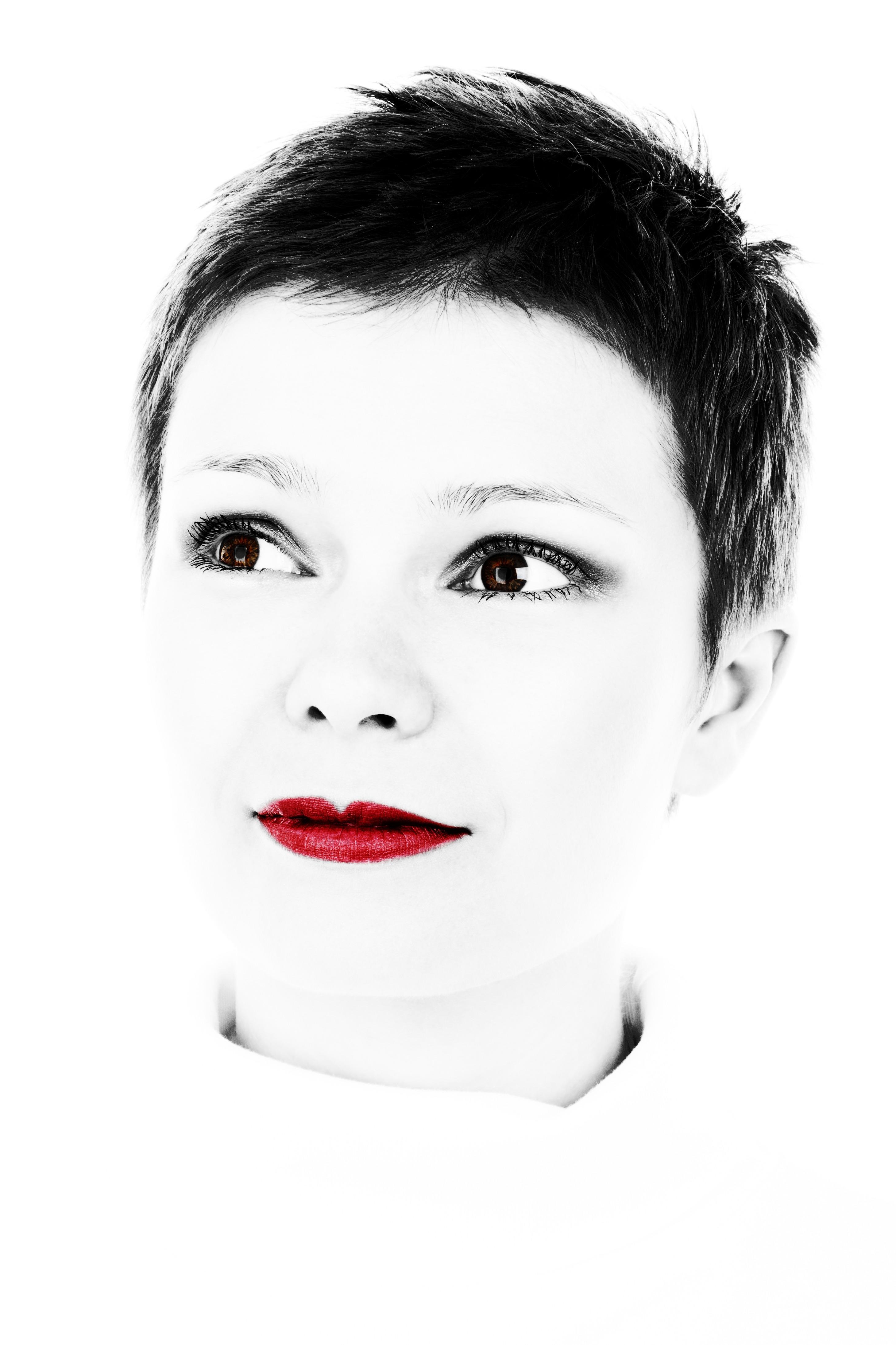 Gambar Orang Hitam Dan Putih Gadis Wanita Rambut Terpencil