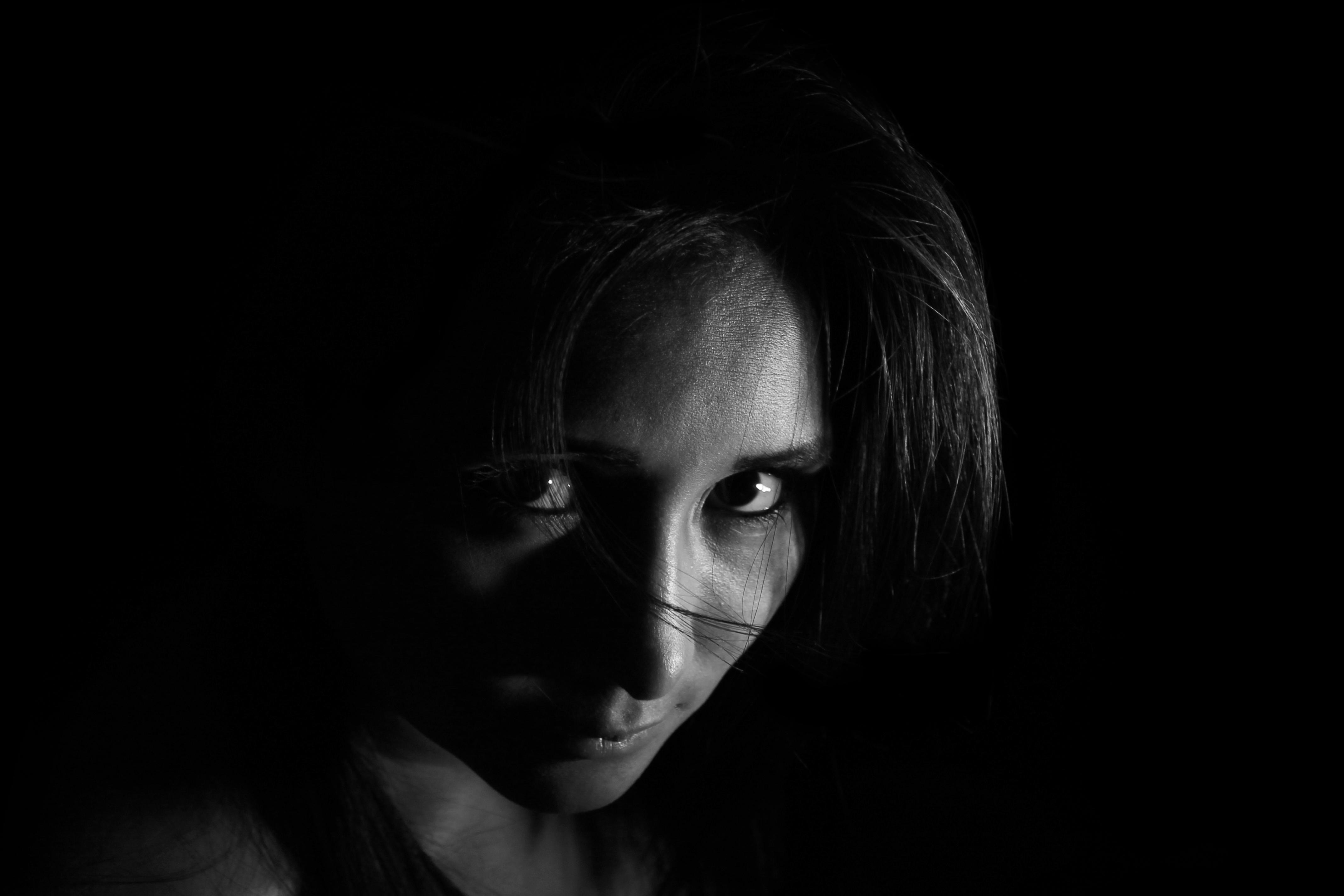 независимости площади как снять фотографию лицо в темноте инсценировке царских