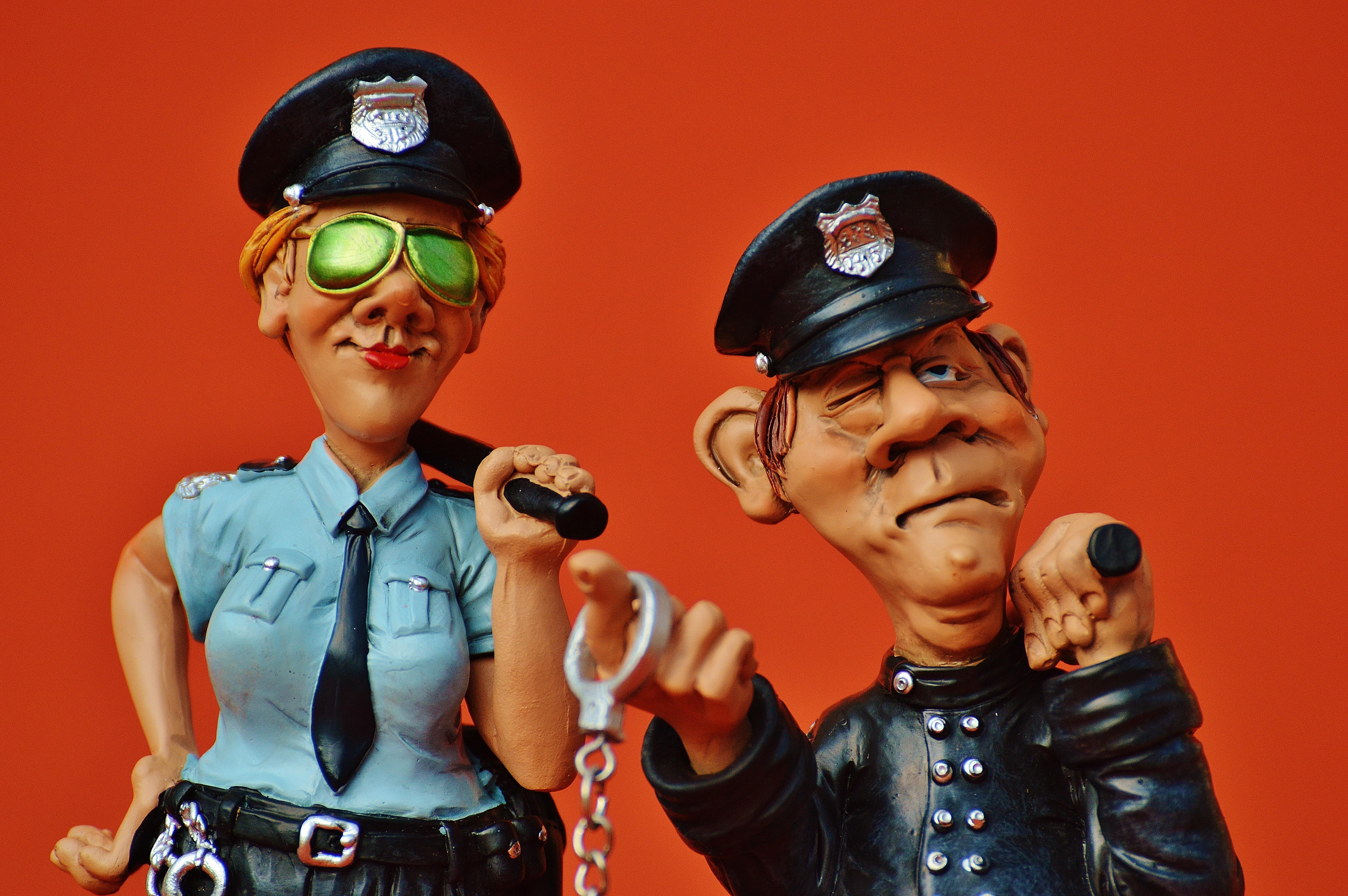 Картинка с полицейским смешная, открытку днем
