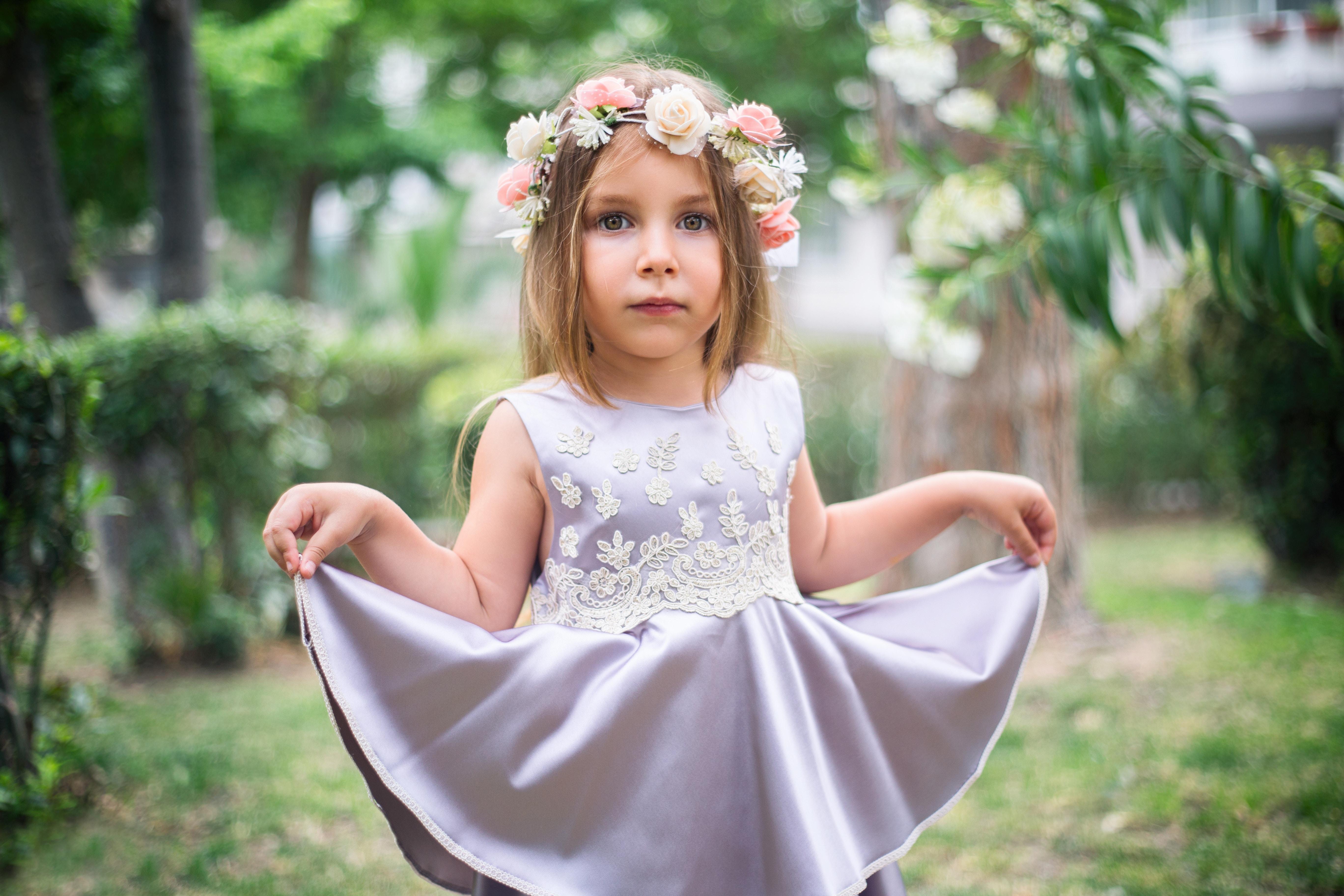 9f5dc9318 persona niña mujer fotografía flor retrato niño ropa novia vestir niñito  fotografía belleza vestido Sesión de