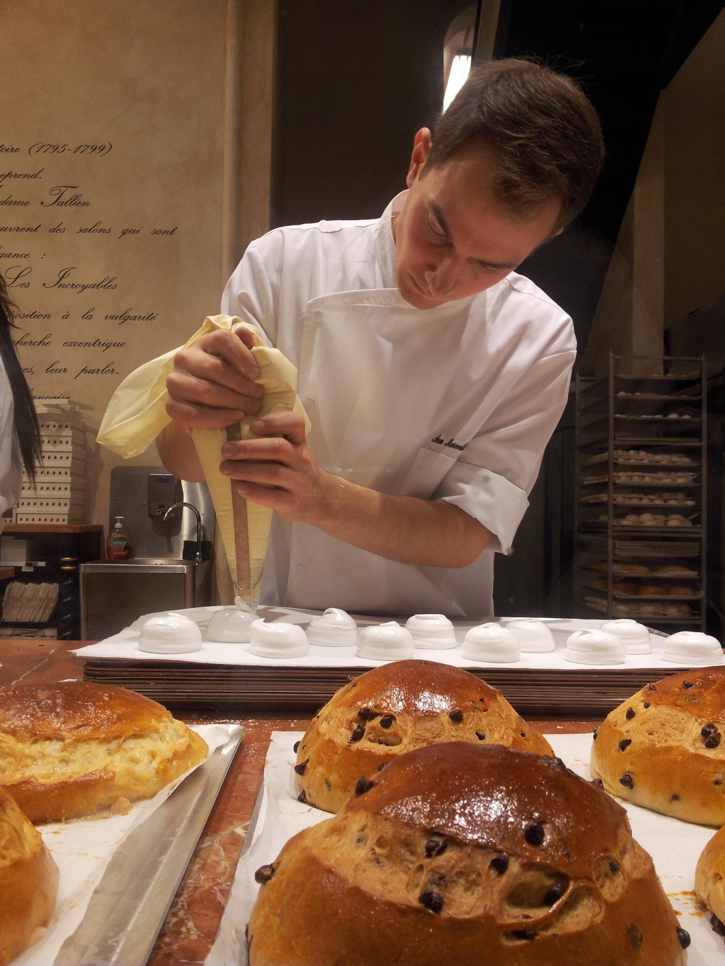 Metier En Rapport Avec La Cuisine #8: La Personne Repas Aliments Cuisine Professionnel Métier Déjeuner Cuisson  Cuisine Boulangerie Cuisinier Boulanger Desserts Chef Pâtissier