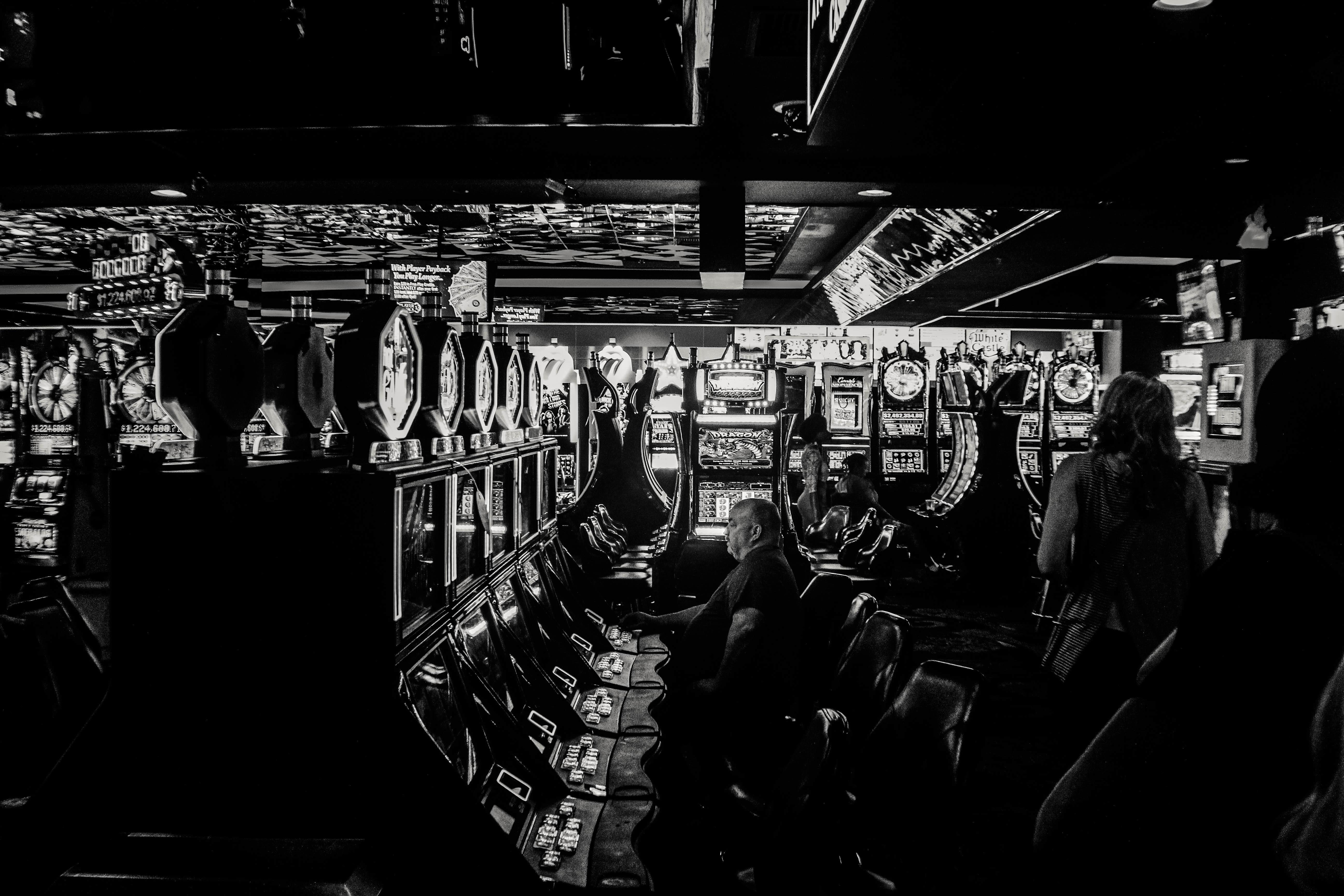 Черное казино я проиграл свою жизнь в казино