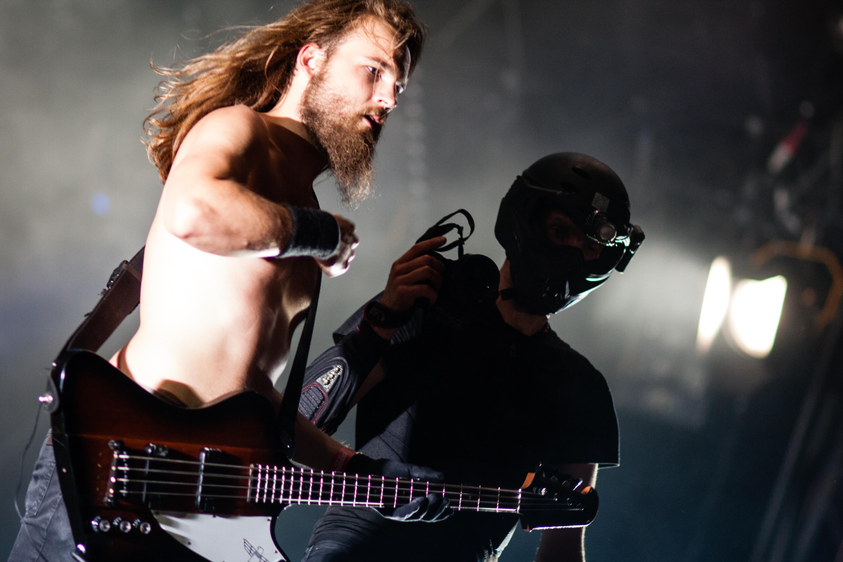 торт басист и ударник картинка его внешностью