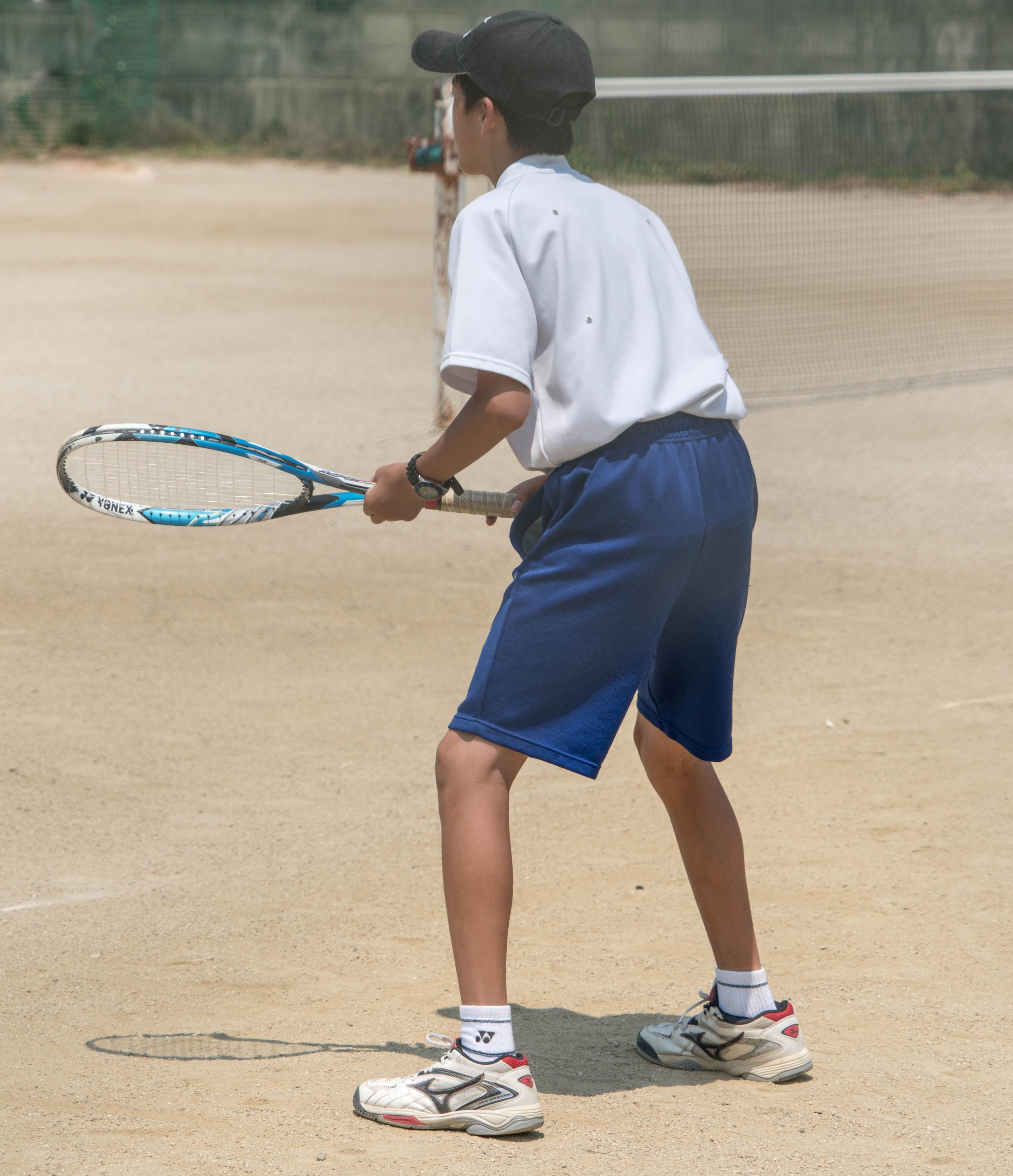 Images gratuites la personne gens gar on enfant t for Un cours de tennis