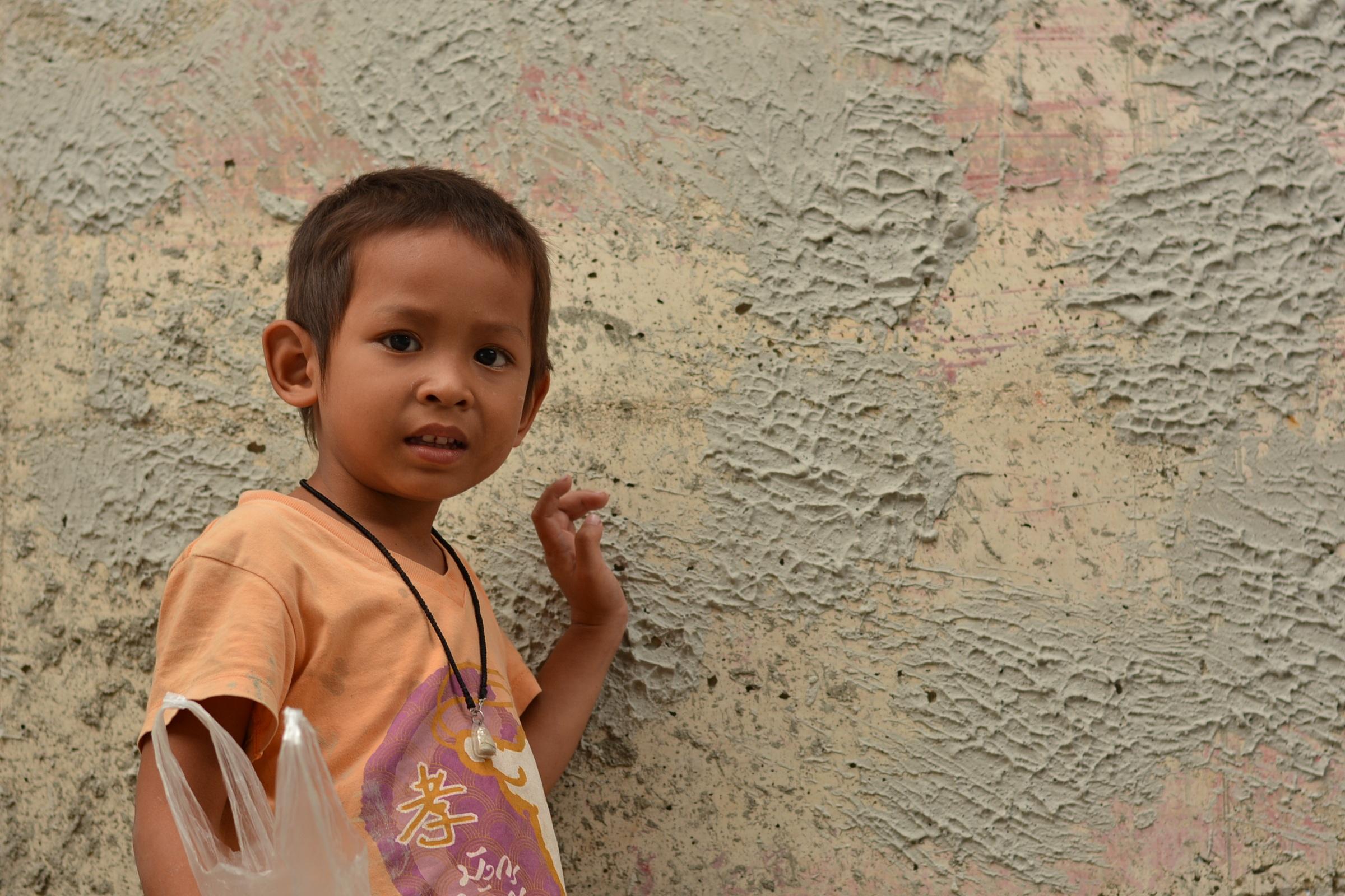 Orang Orang Orang Gadis Imut Potret Anak Tersenyumland Anak Anak Candi Balita Anak