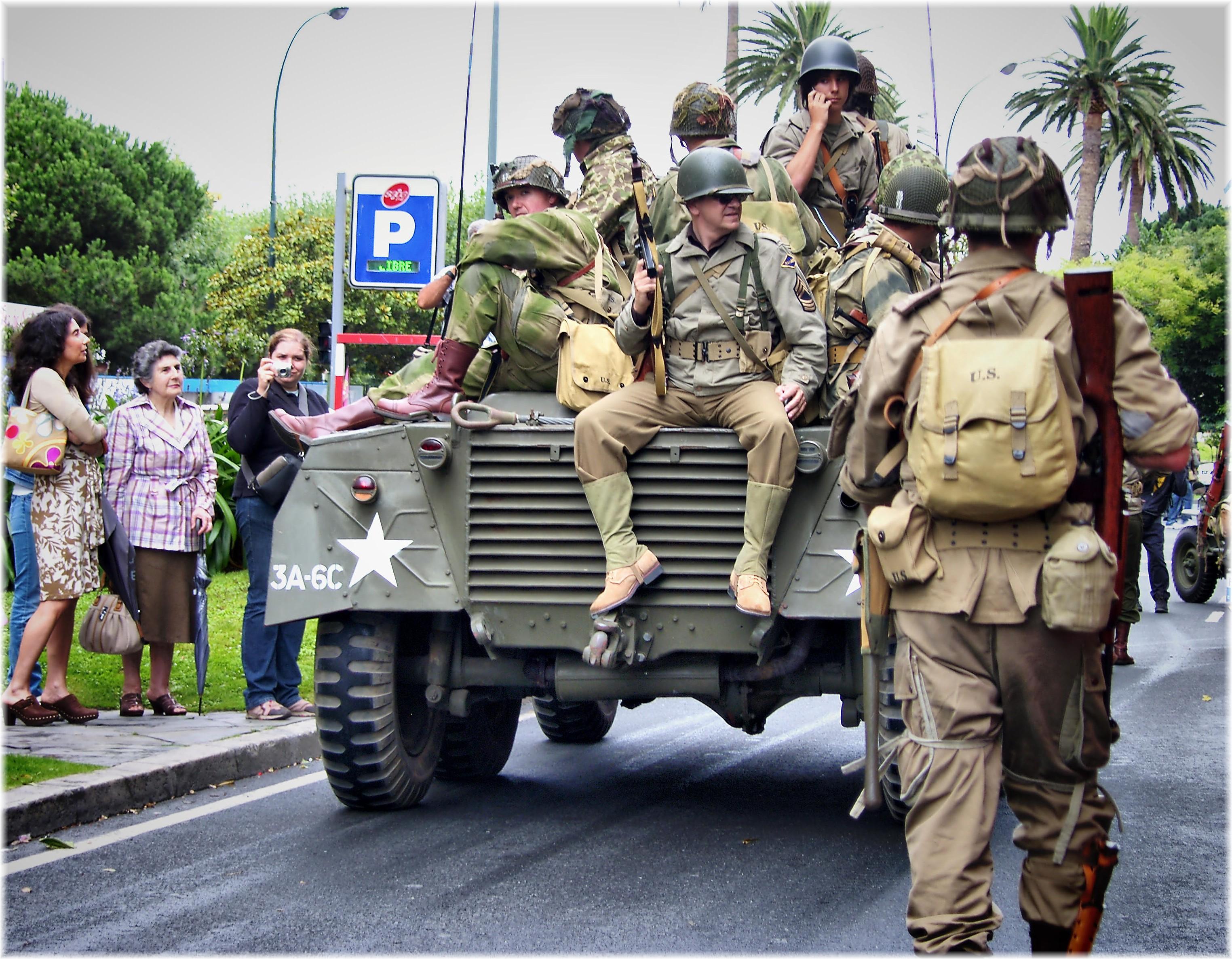 Fotos gratis : persona, gente, Europa, soldado, Ejército, desfile, festival, España, Galicia ...