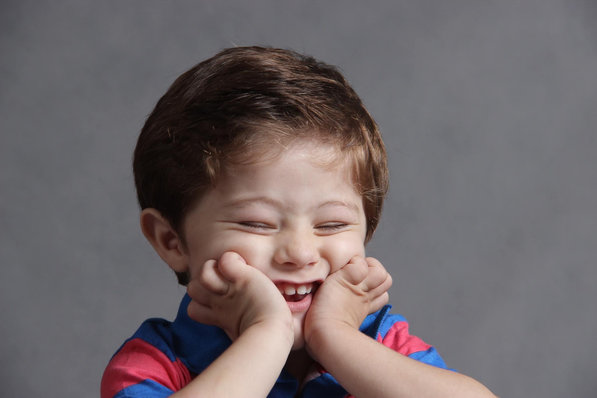 помощью можно картинки смех эмоции позже семья