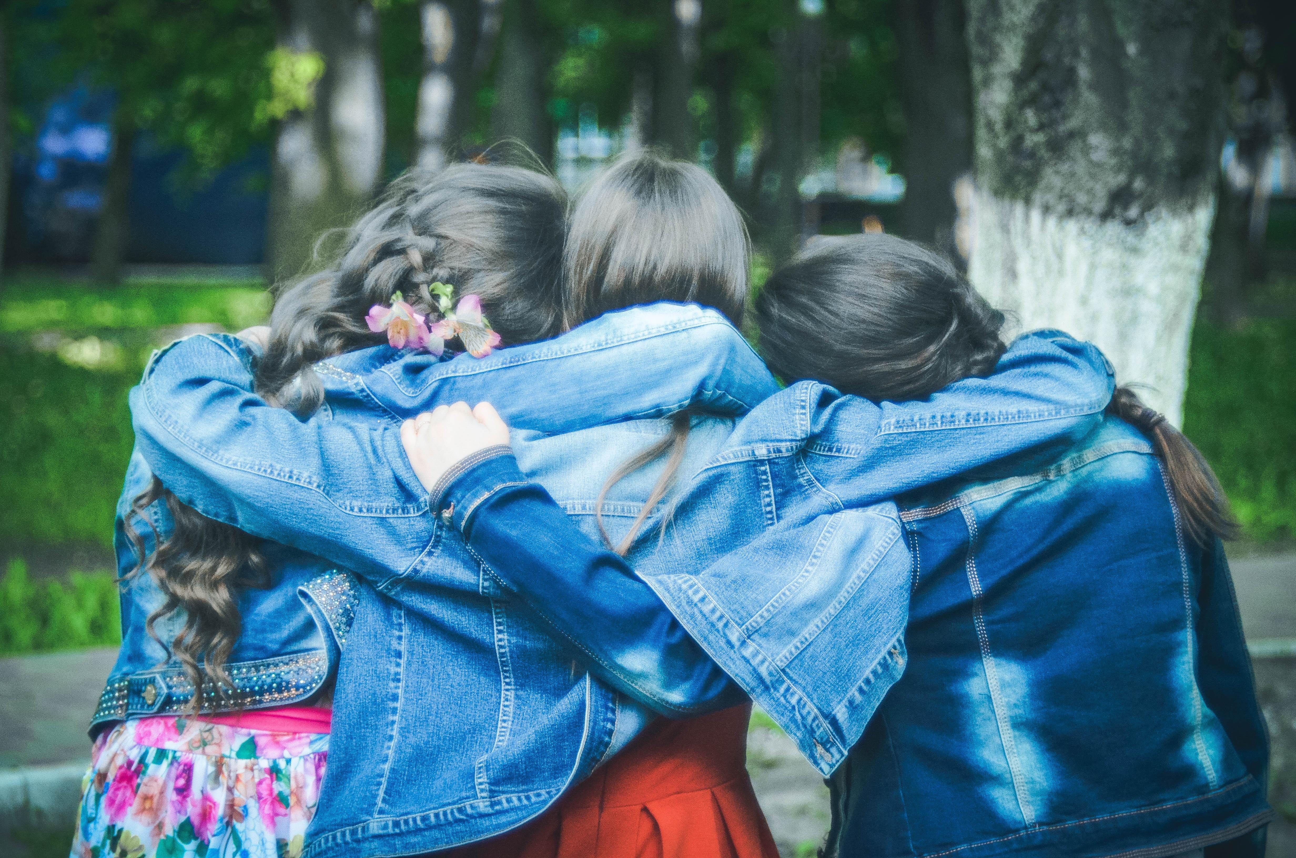 могут картинки подружки дружба самом деле