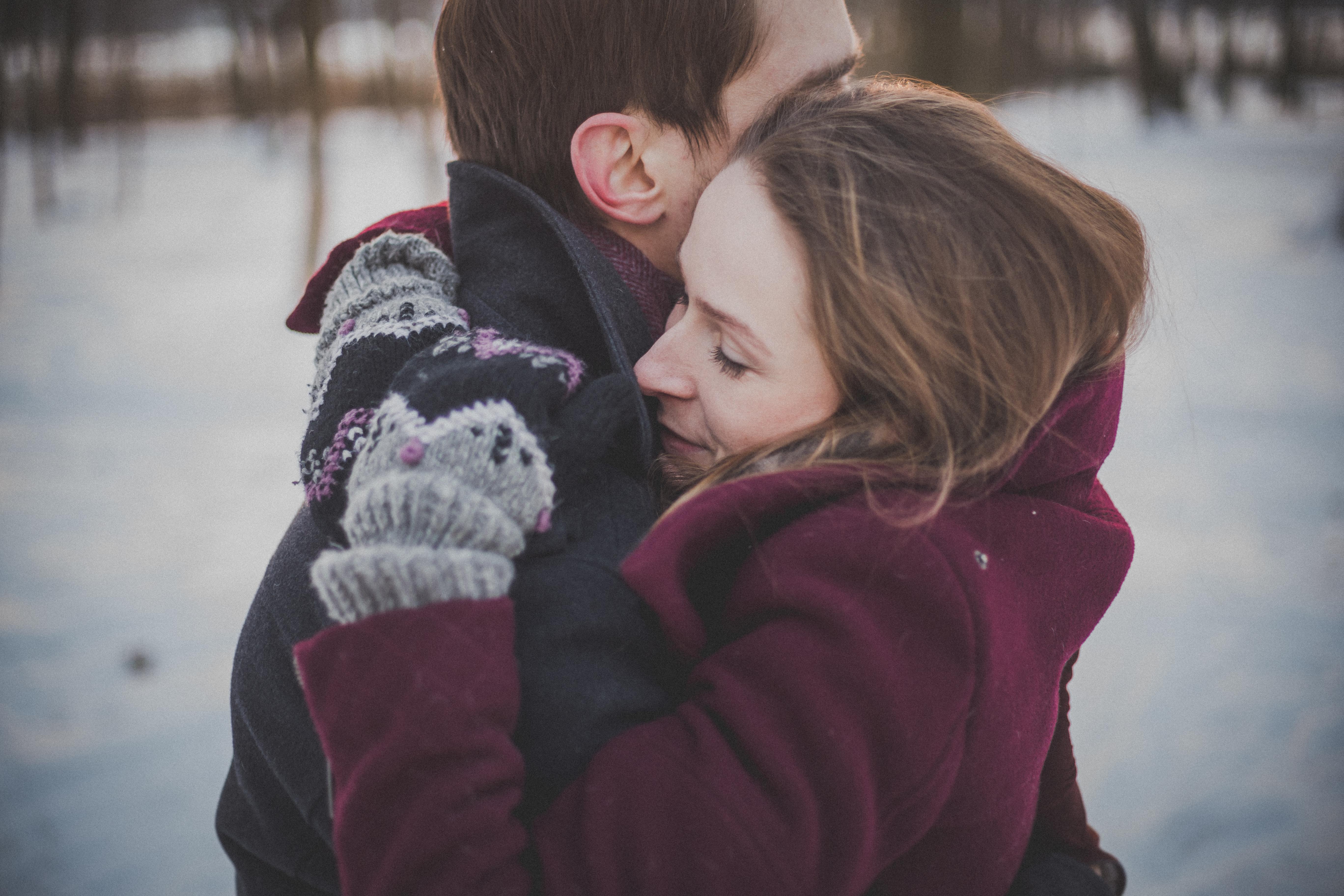 мама чекає фото целующихся пар зимой говорят, что обитают