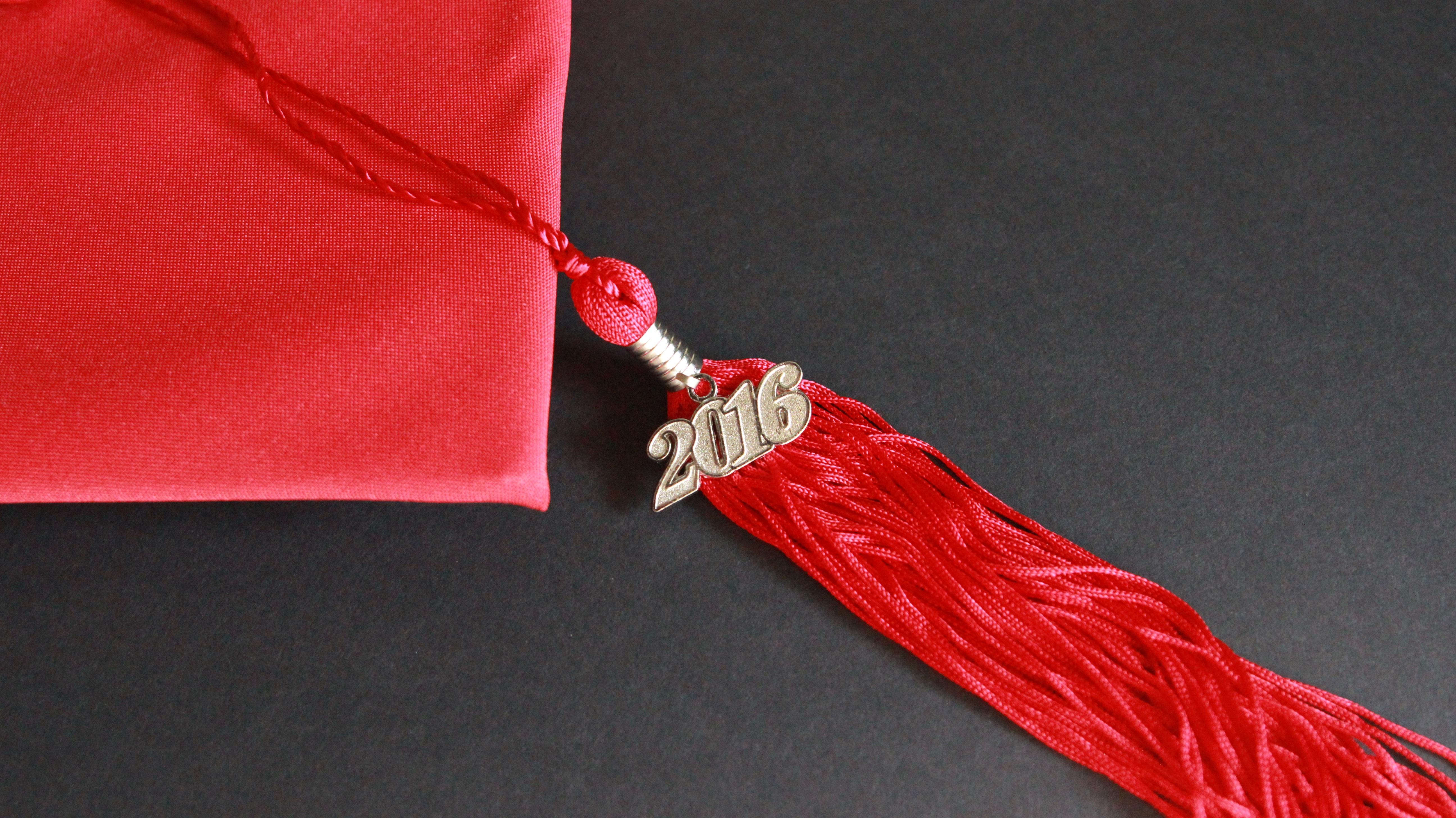 Kırmızı diploma