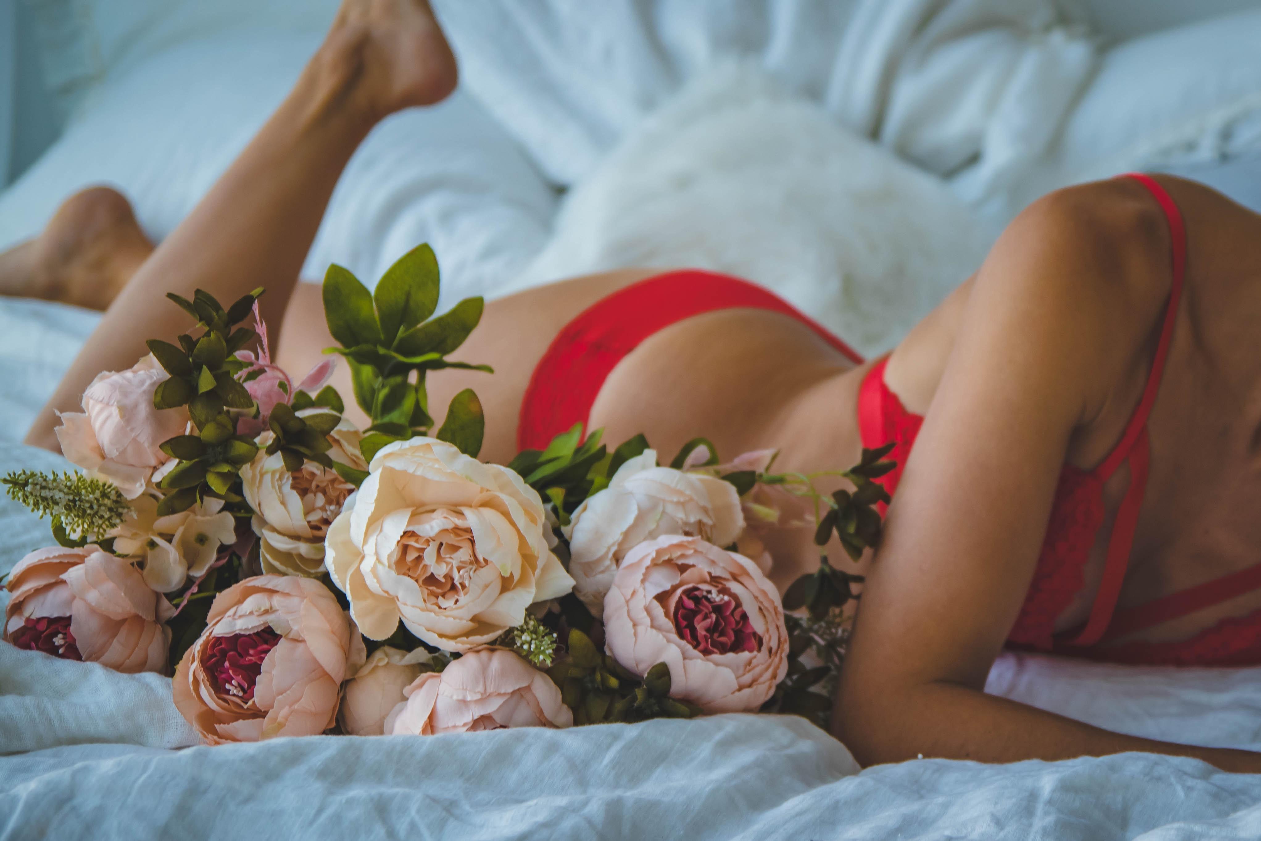 Обнаженные Цветы