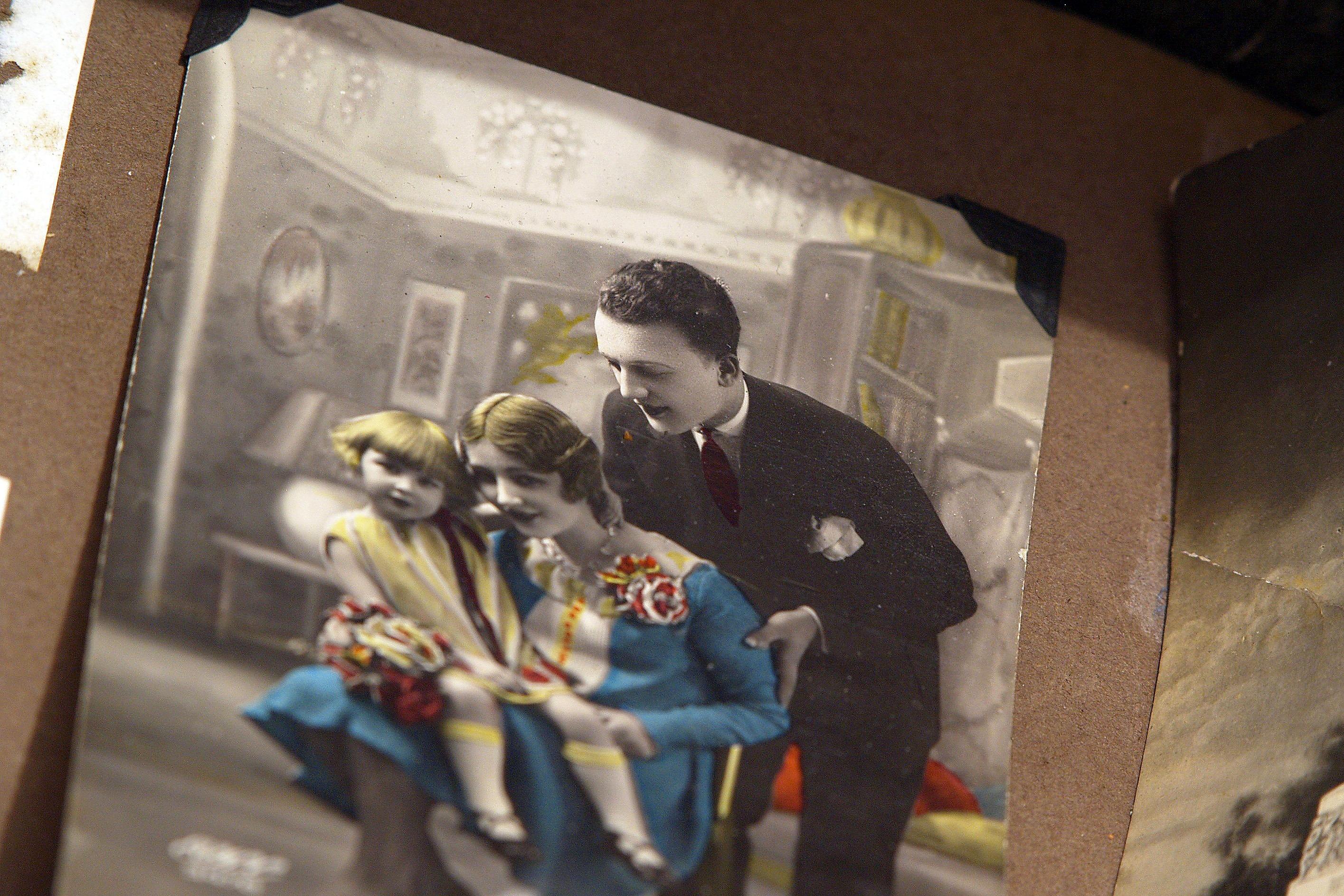 Fotos gratis : fotografía, vendimia, antiguo, foto, marco, nostalgia ...