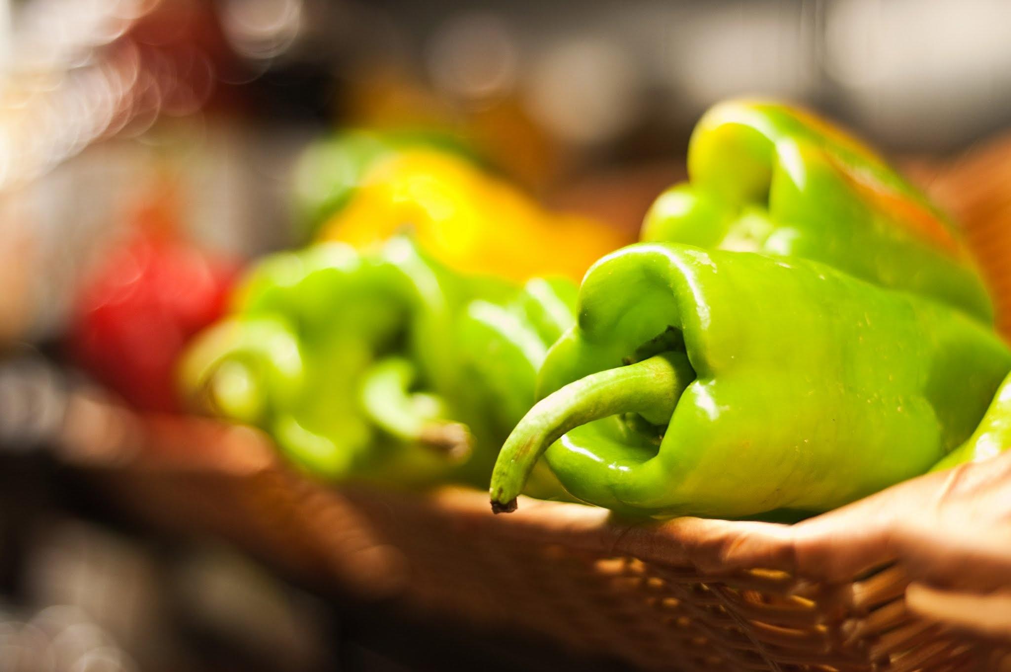 Fotos gratis : plato, verde, especia, chile, rojo, ingrediente ...