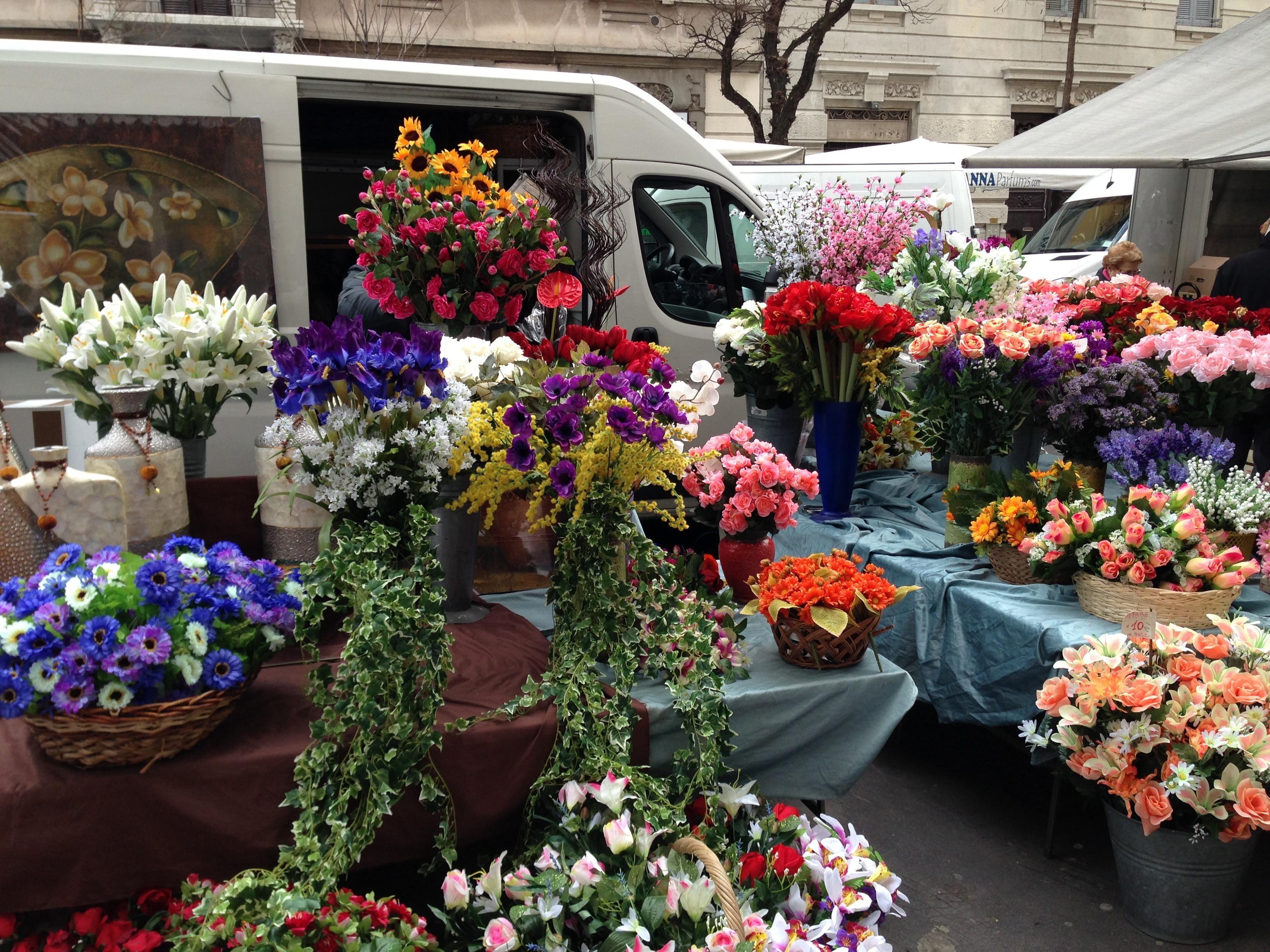 Fotos gratis planta flor ciudad urbano tienda italia mercado vistoso jard n flora for Jardin urbano shop telefono